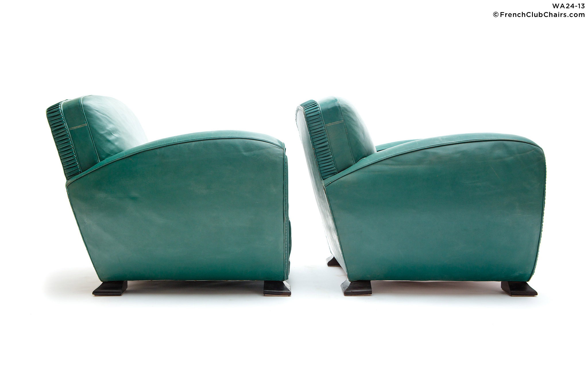 WA24-13_ERTONGREENDECO_W_3RT-v01-williams-antiks-leather-french-club-chair-wa_fcccom_w