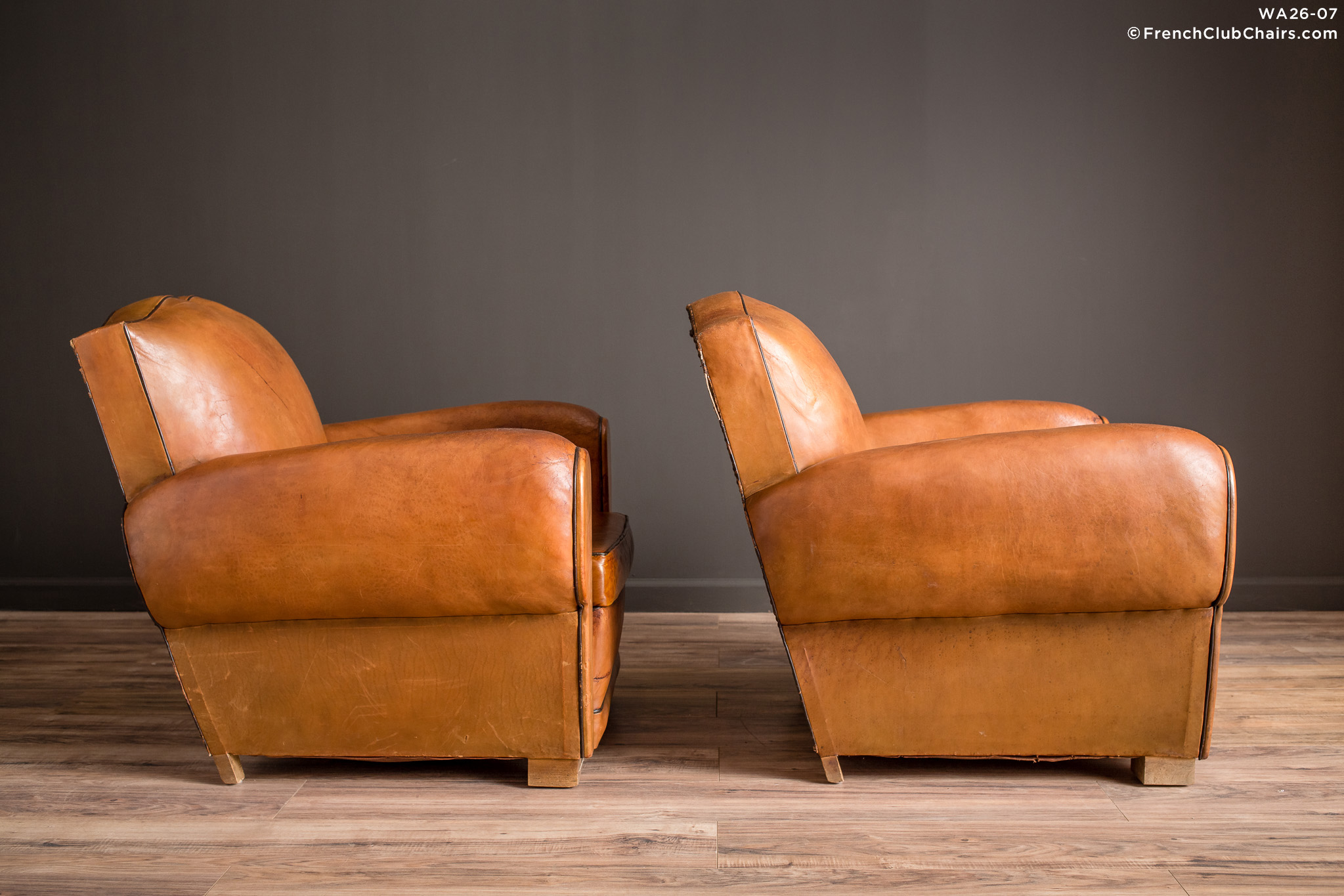 WA_26-07_Marseille_Mustache_Pair_R_3RT-v01-williams-antiks-leather-french-club-chair-wa_fcccom