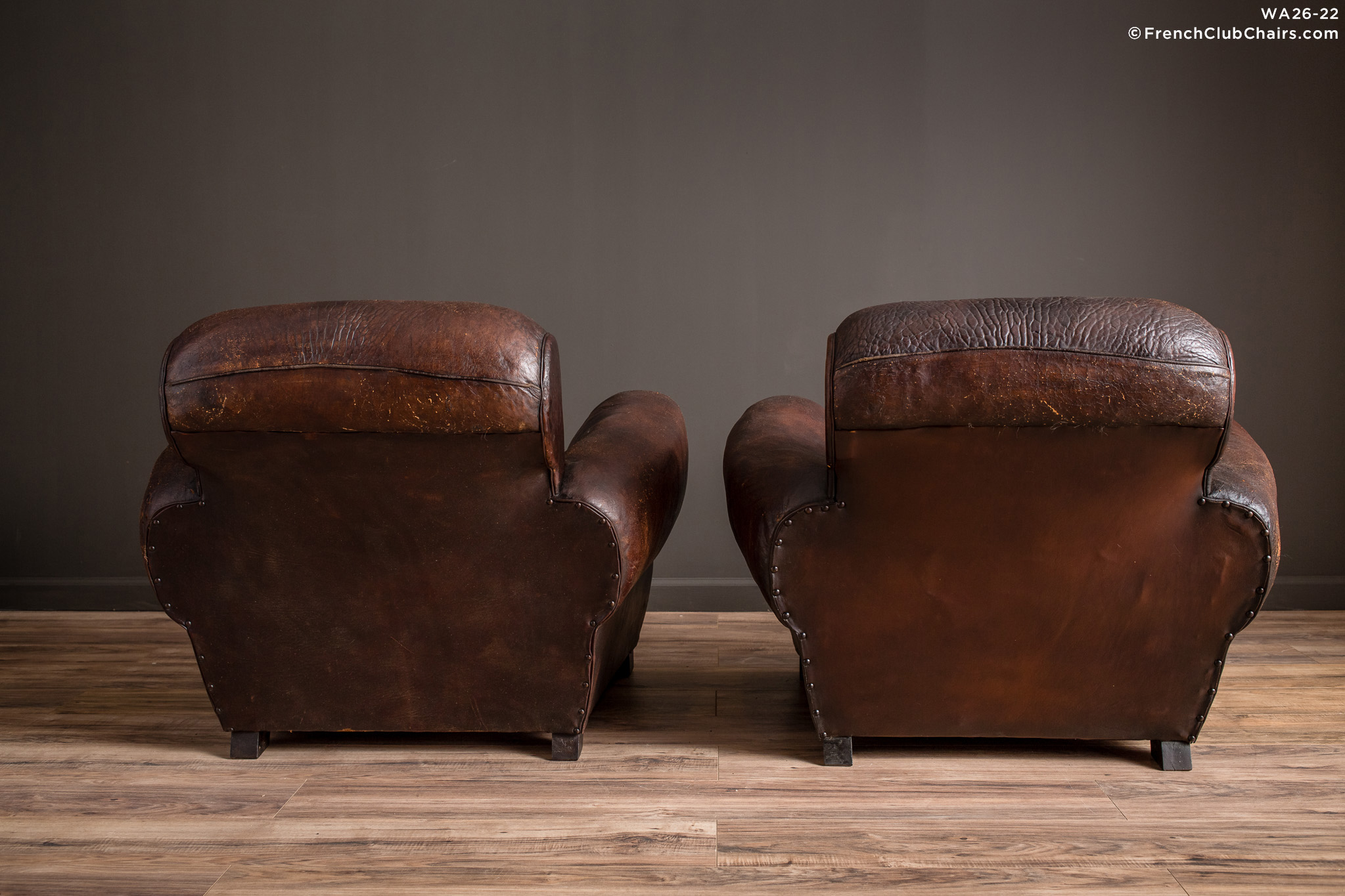 WA_26-22_Biarritz_Rich_Chocolate_Rollback_pair_R_2BK-v01-williams-antiks-leather-french-club-chair-wa_fcccom