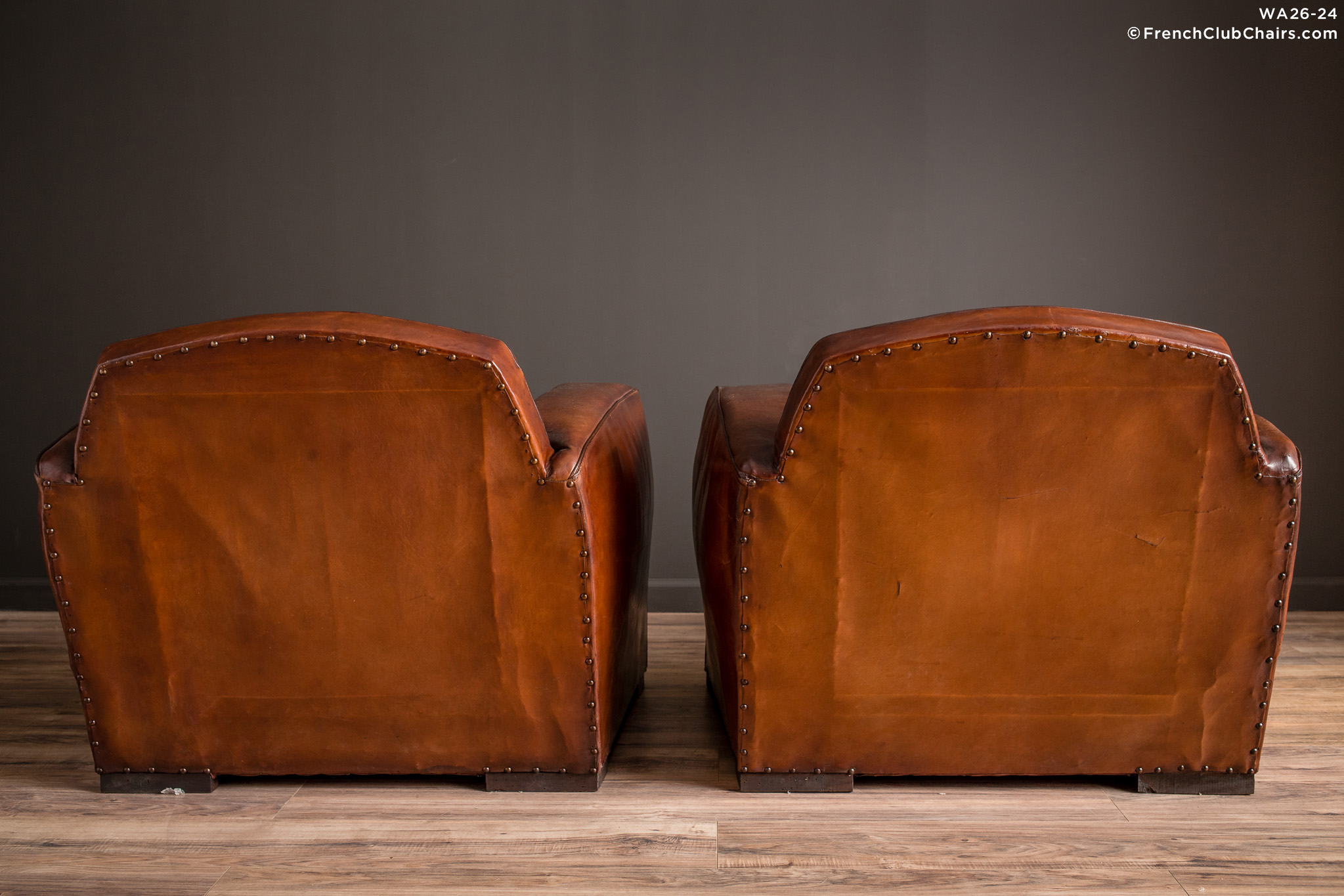 WA_26-24_Jean_Moulin_1920s_Lounge_Pair_R_2BK-v01-williams-antiks-leather-french-club-chair-wa_fcccom