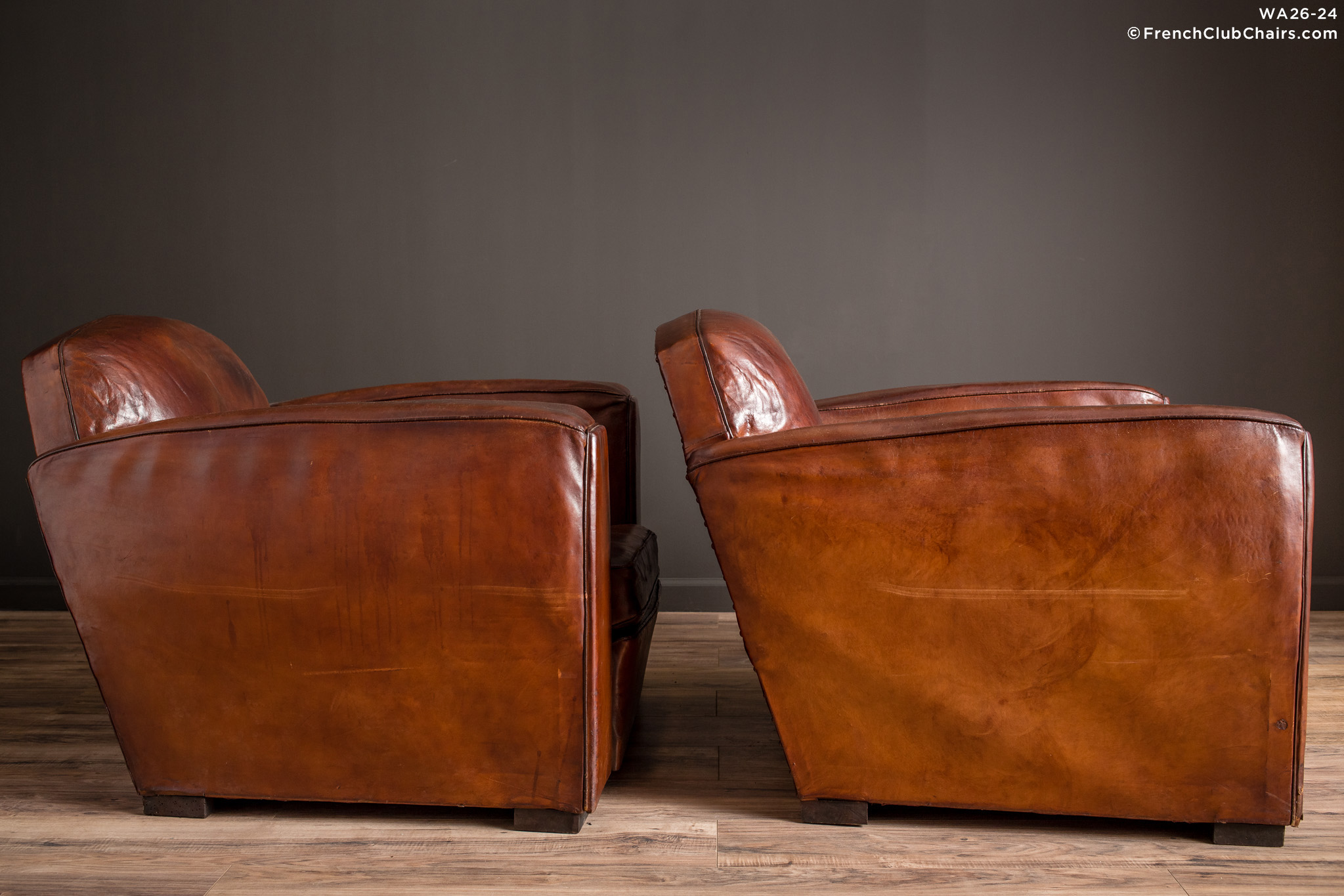 WA_26-24_Jean_Moulin_1920s_Lounge_Pair_R_3RT-v01-williams-antiks-leather-french-club-chair-wa_fcccom