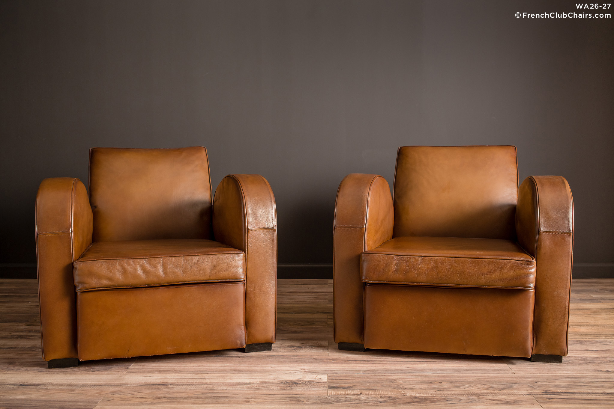 WA_26-27_Streamline_Classic_Square_Pair_R_1TQ-v01-williams-antiks-leather-french-club-chair-wa_fcccom