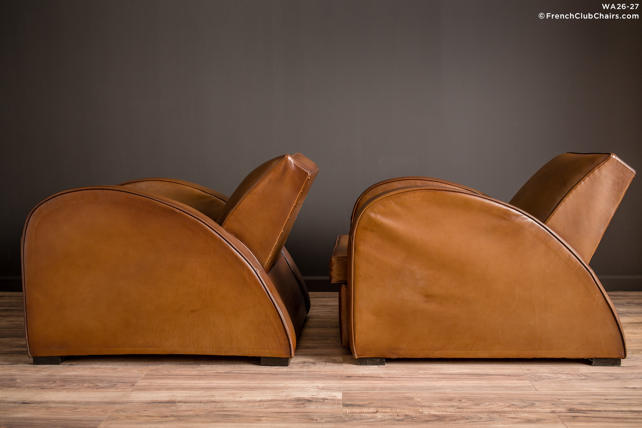 WA_26-27_Streamline_Classic_Square_Pair_R_4LT-v01-williams-antiks-leather-french-club-chair-wa_fcccom
