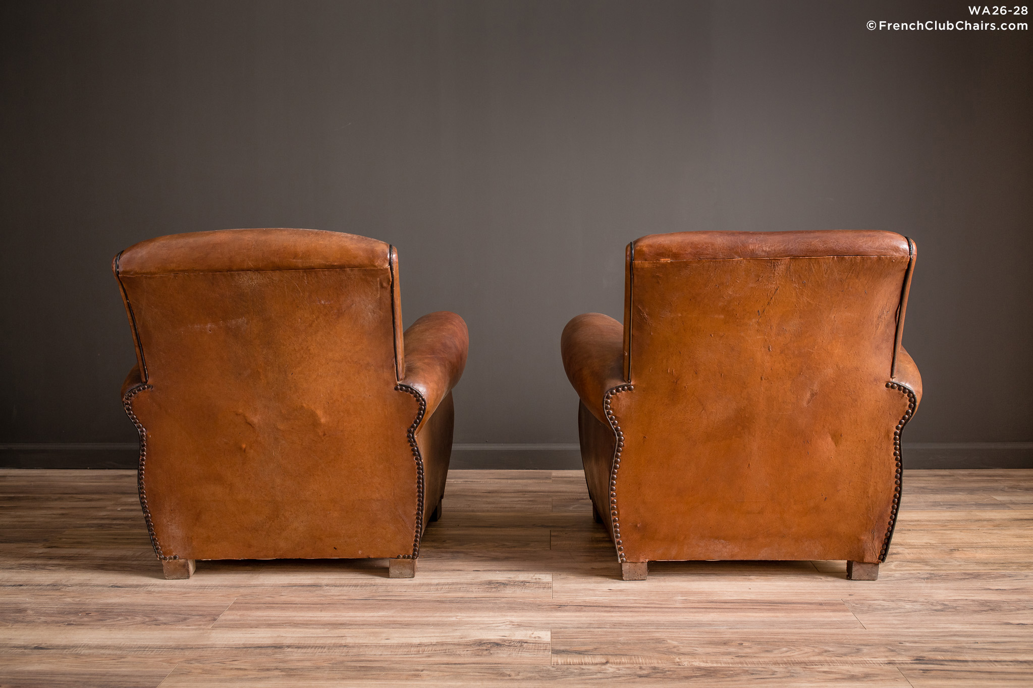 WA_26-28_Sursense_Slope_Pair_R_2BK-v01-williams-antiks-leather-french-club-chair-wa_fcccom