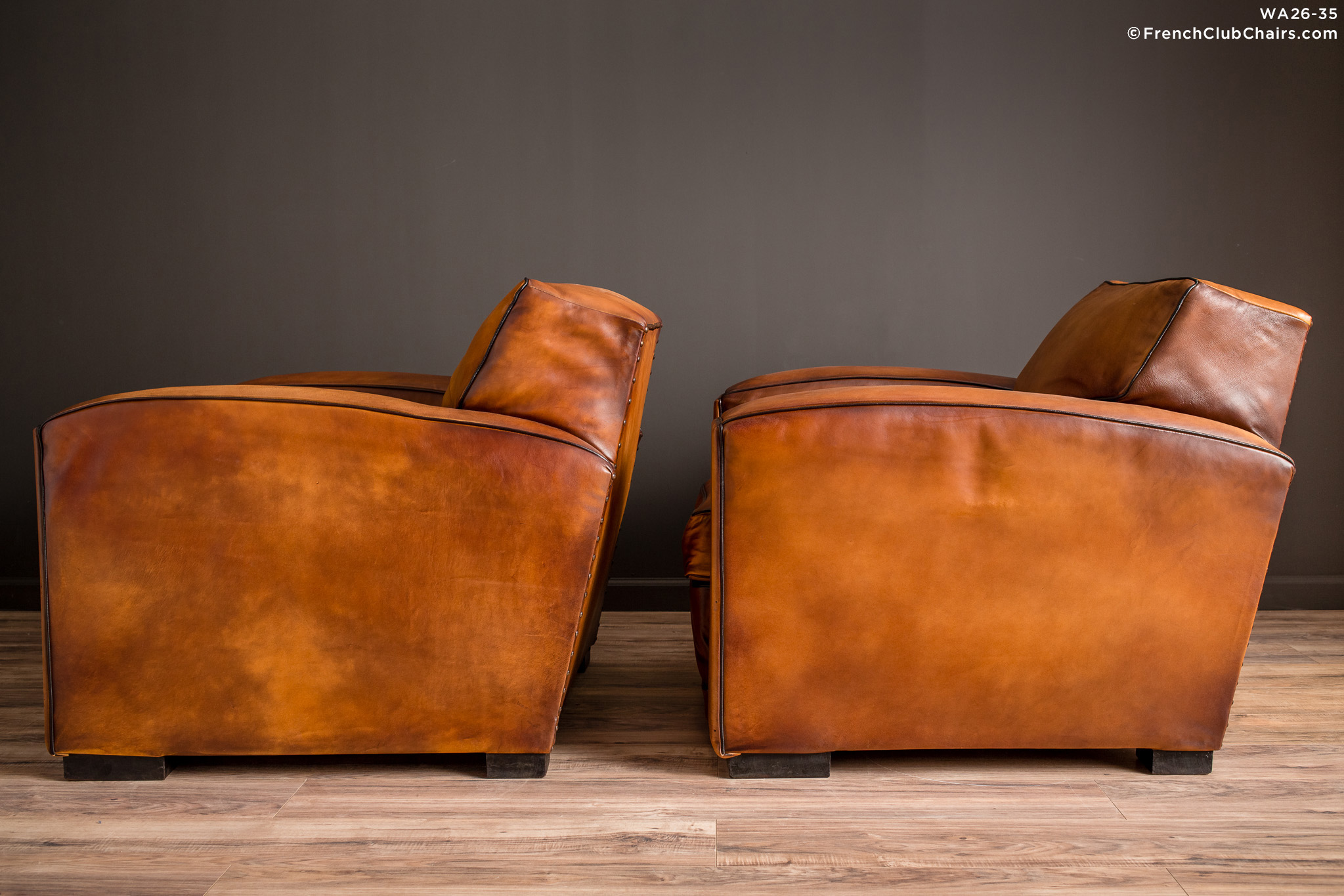 WA_26-35_Churchill_Giant_Square_Pair_R_4LT-v01-williams-antiks-leather-french-club-chair-wa_fcccom