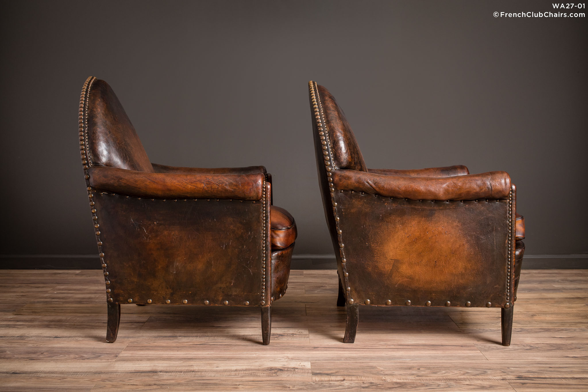 WA_27-01_Steeple_Back_Nailed_Pair_R_3RT-v01-williams-antiks-leather-french-club-chair-wa_fcccom