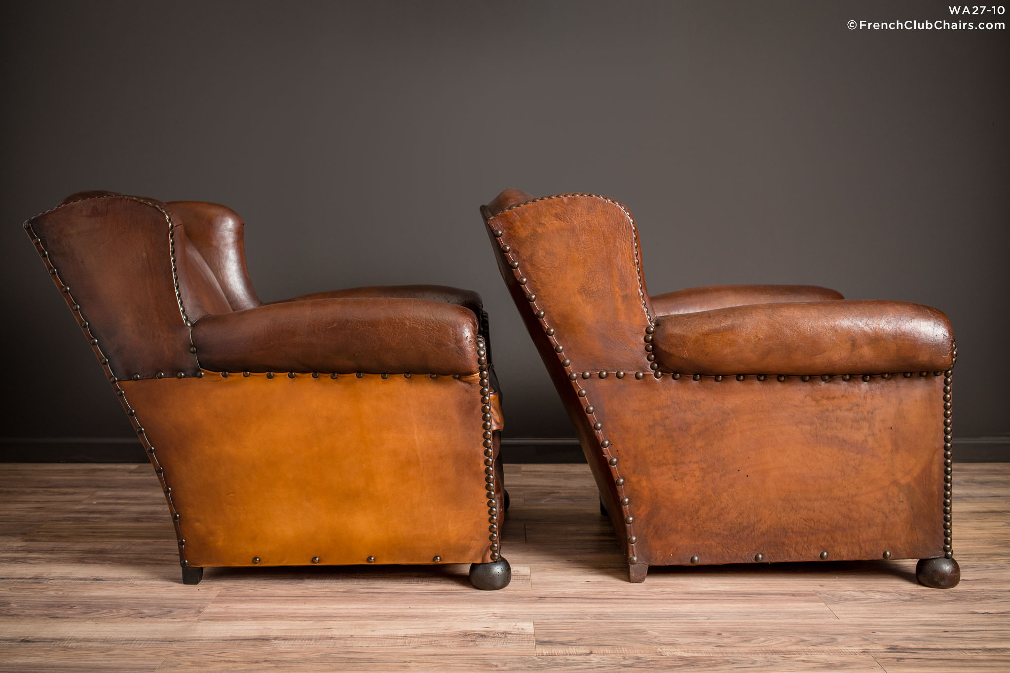 WA_27-10_The_Kings_Wingback_Pair_R_3RT-v01-williams-antiks-leather-french-club-chair-wa_fcccom