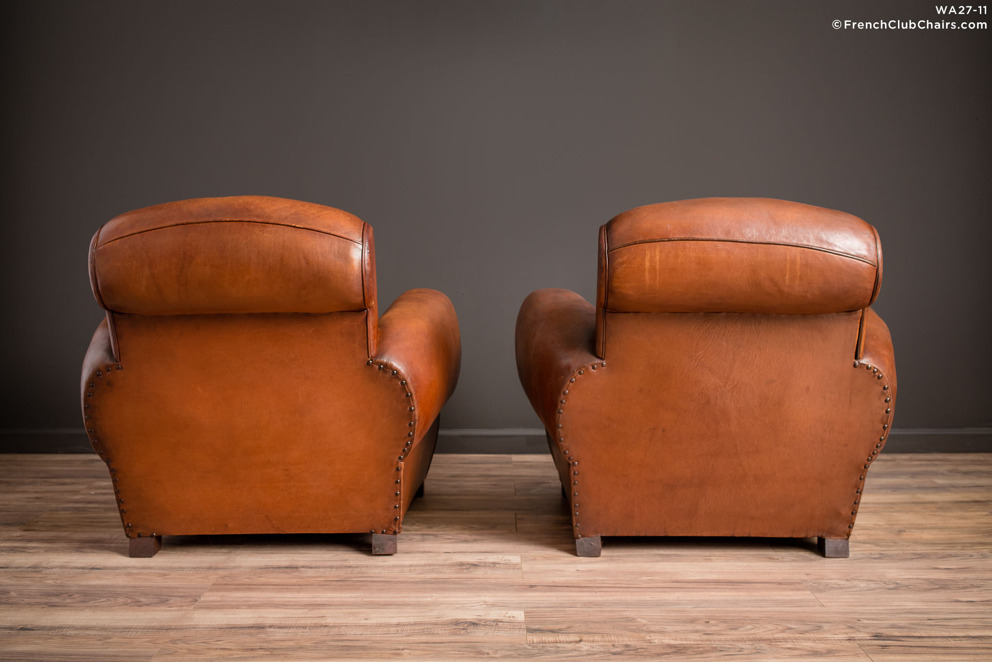 WA_27-11_Chatou_Rollback_Pair_R_2BK-v01-williams-antiks-leather-french-club-chair-wa_fcccom