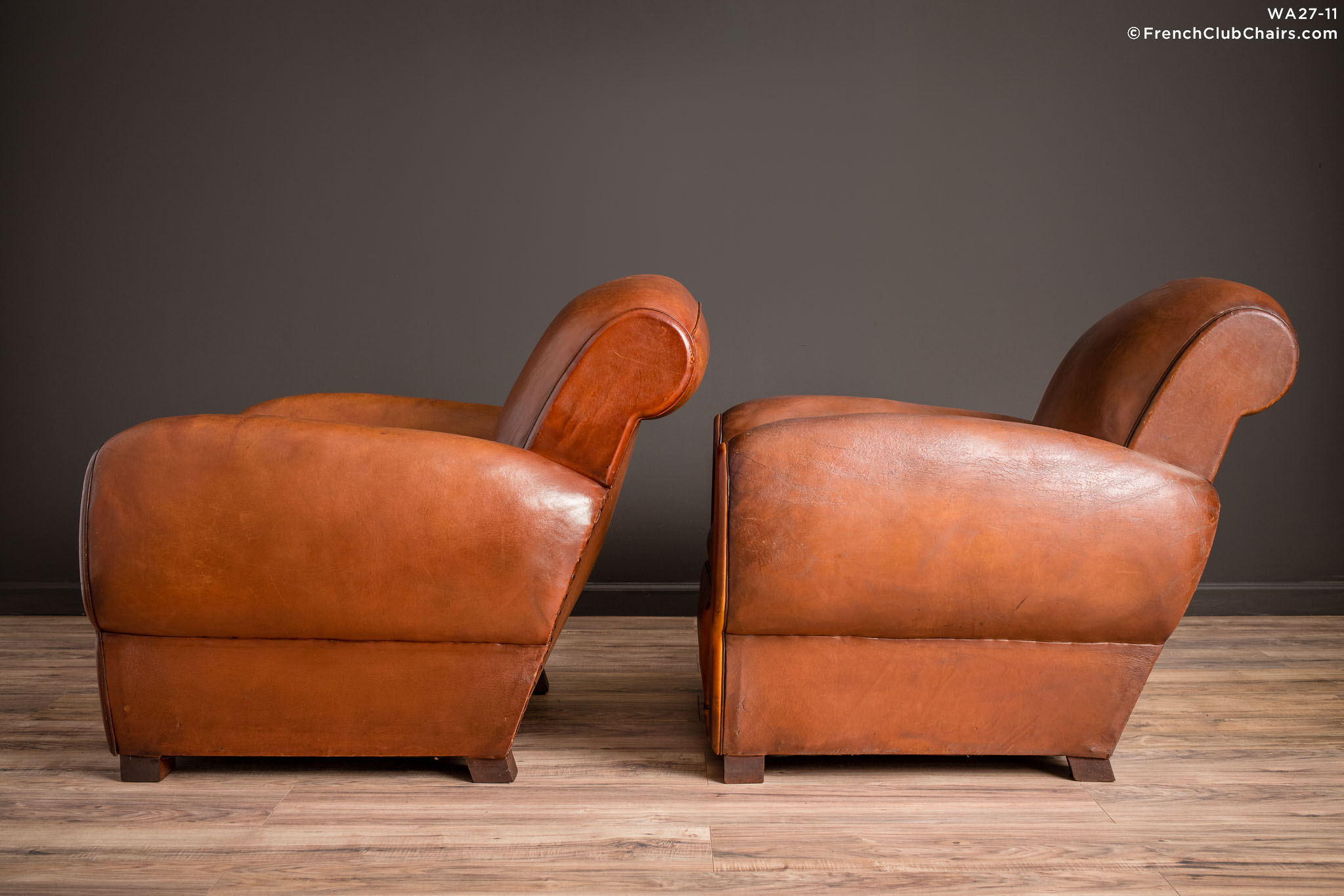 WA_27-11_Chatou_Rollback_Pair_R_4LT-v01-williams-antiks-leather-french-club-chair-wa_fcccom