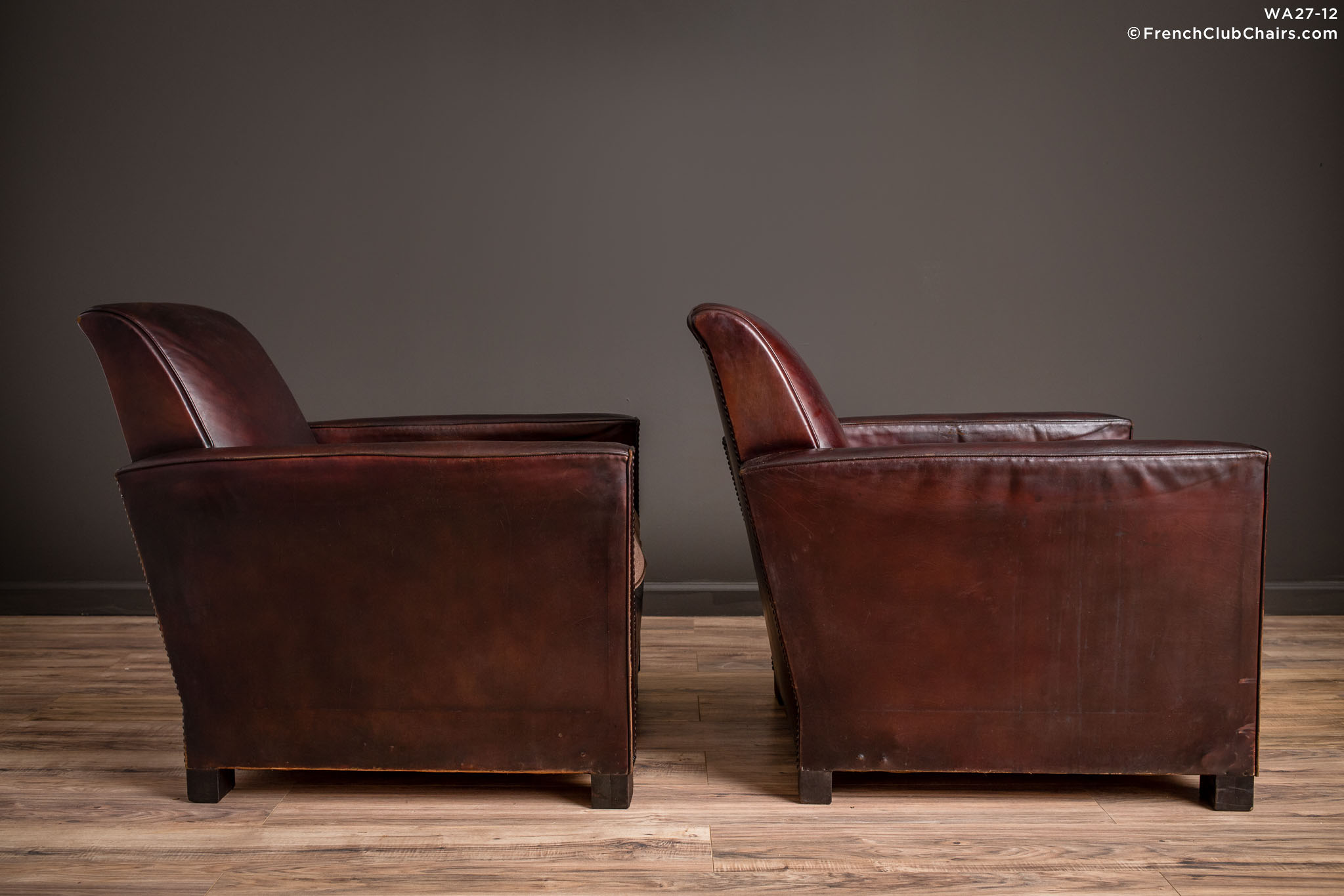 WA_27-12_St_Tropez_Dark_Lounge_Square_Pair_R_3RT-v01-williams-antiks-leather-french-club-chair-wa_fcccom
