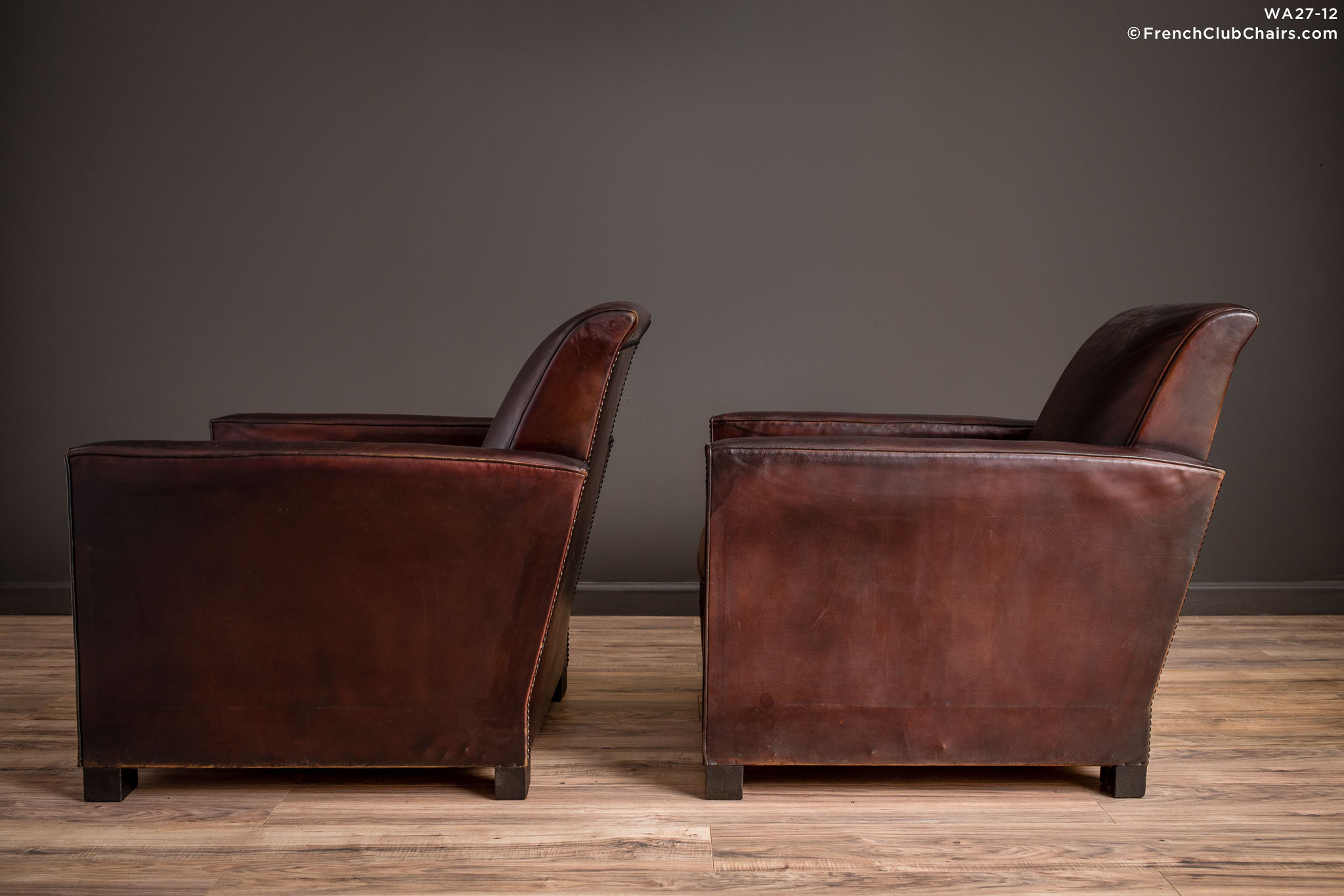 WA_27-12_St_Tropez_Dark_Lounge_Square_Pair_R_4LT-v01-williams-antiks-leather-french-club-chair-wa_fcccom