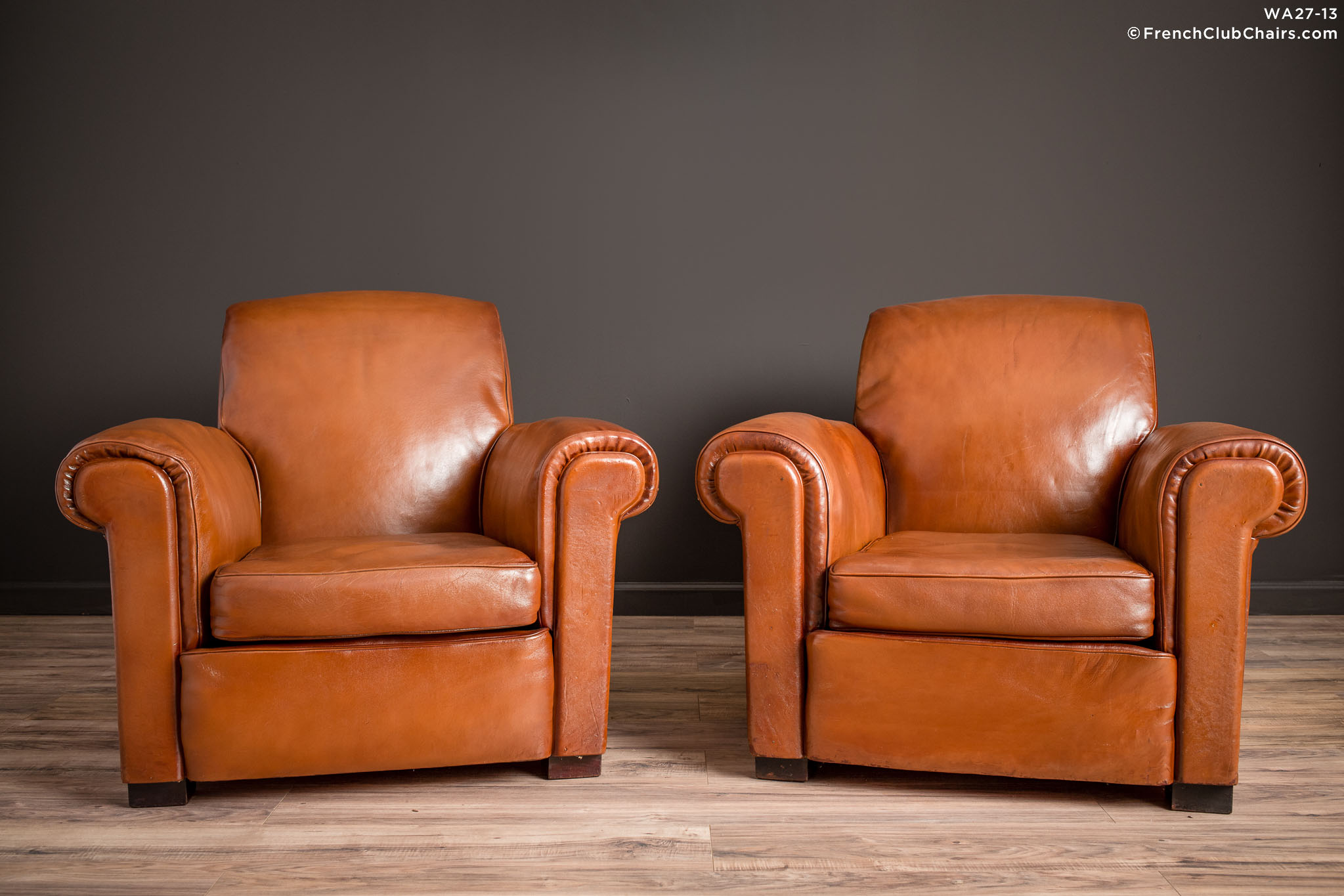 WA_27-13_La_Ministre_Rollback_Lounge_Pair_R_1TQ-v01-williams-antiks-leather-french-club-chair-wa_fcccom