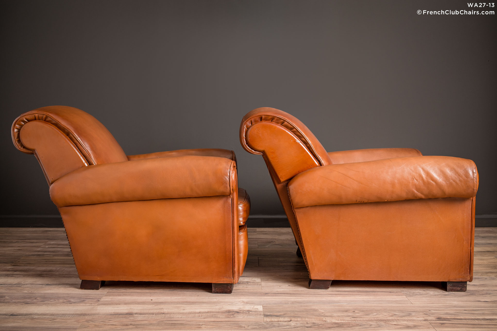 WA_27-13_La_Ministre_Rollback_Lounge_Pair_R_3RT-v01-williams-antiks-leather-french-club-chair-wa_fcccom