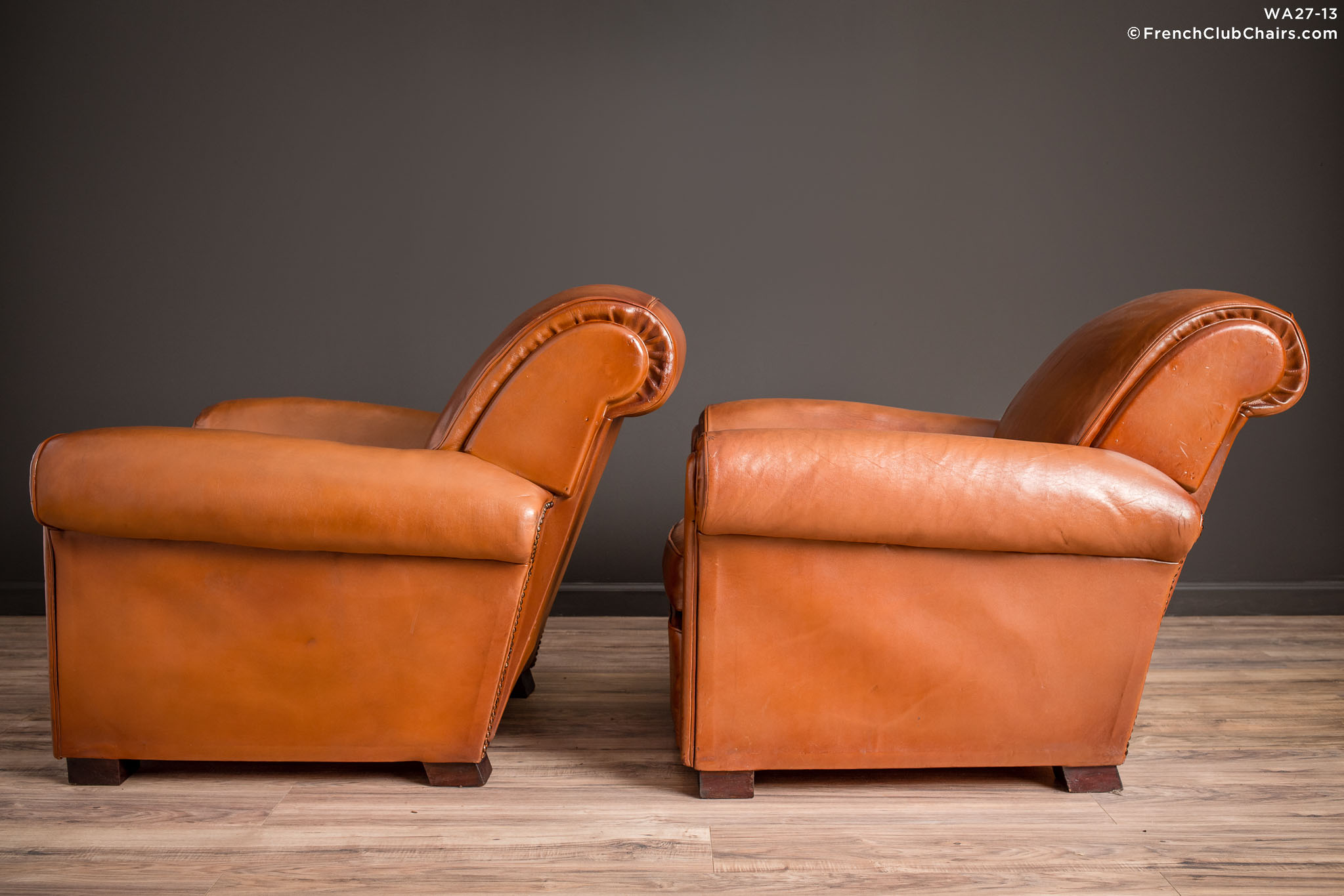 WA_27-13_La_Ministre_Rollback_Lounge_Pair_R_4LT-v01-williams-antiks-leather-french-club-chair-wa_fcccom