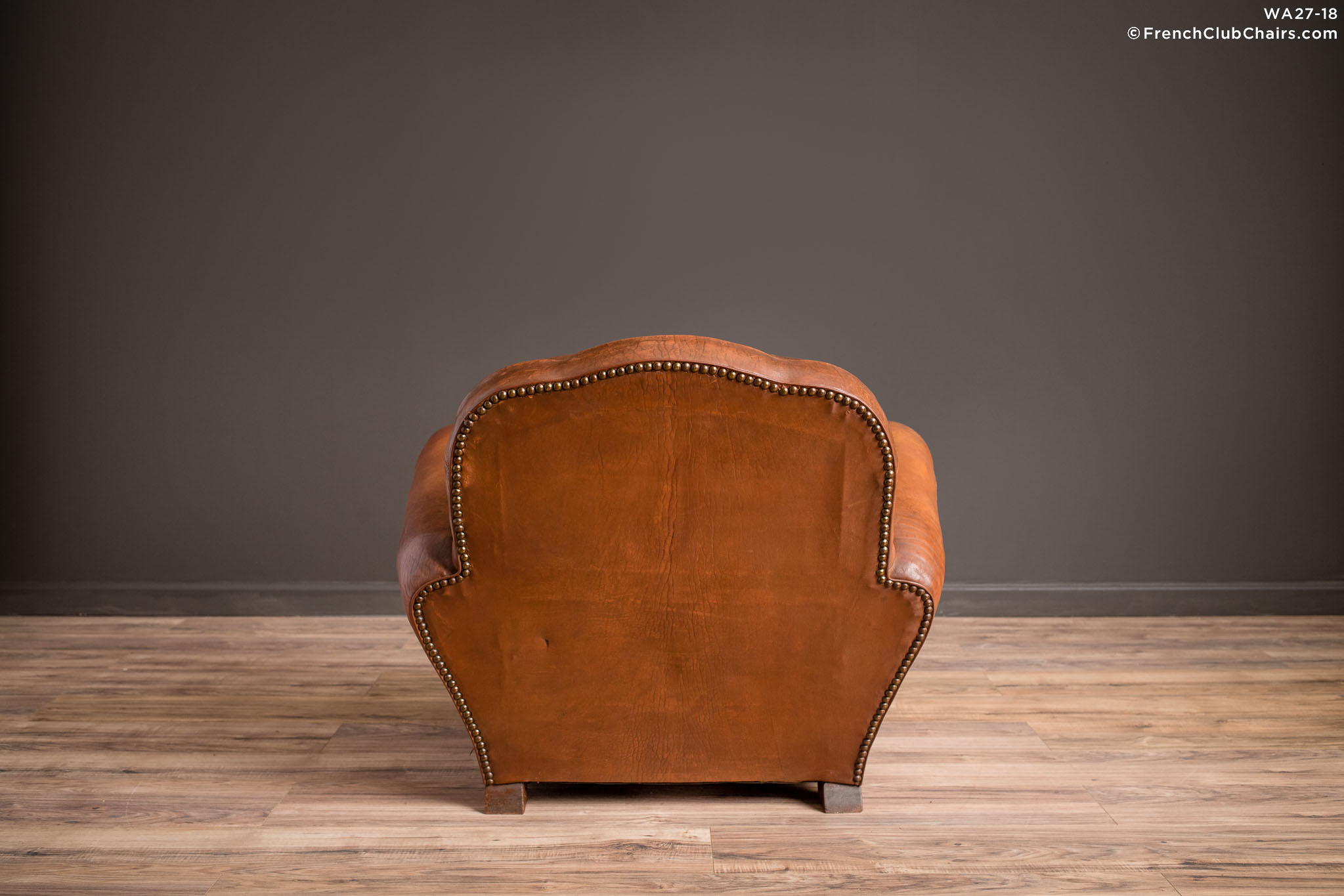 WA_27-18_St_Ouen_Trefle_Solo_R_2BK-v01-williams-antiks-leather-french-club-chair-wa_fcccom
