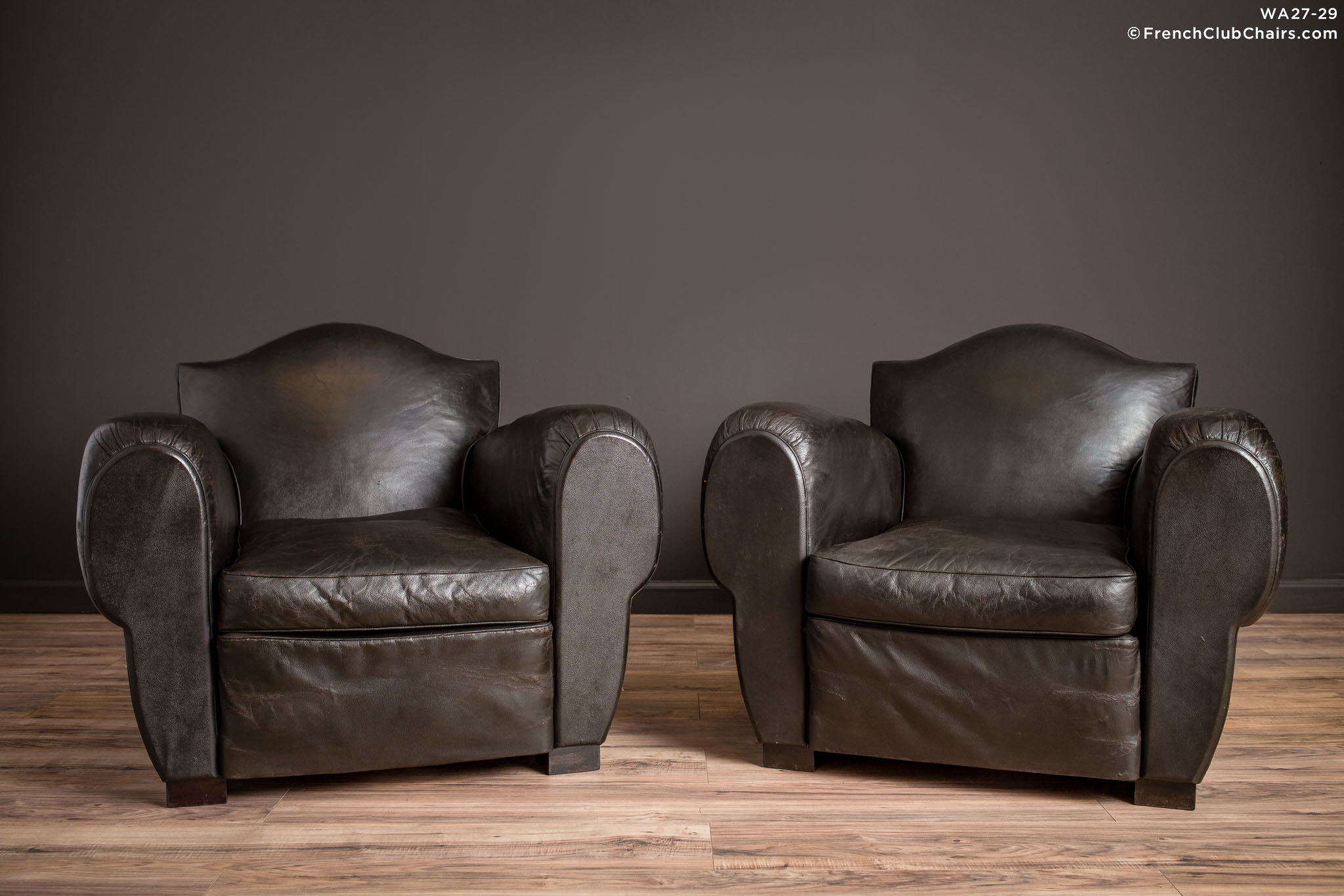 WA_27-29_Special_Gendarme_De_La_Nuit_Pair_R_1TQ-v01-williams-antiks-leather-french-club-chair-wa_fcccom