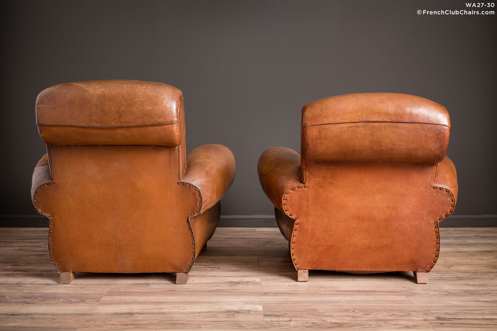 WA_27-30_Giant_Flare_Rollback_Pair_R_2BK-v01-williams-antiks-leather-french-club-chair-wa_fcccom