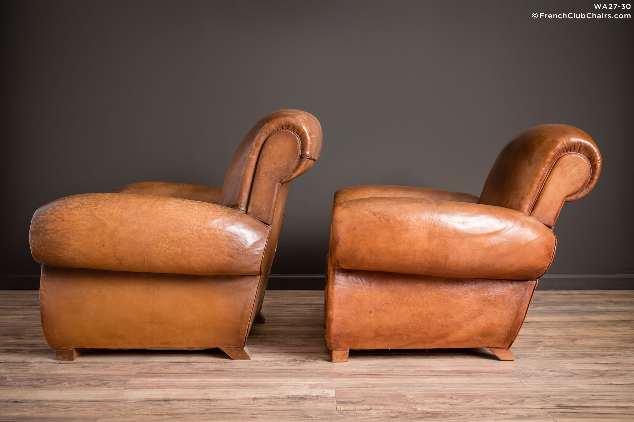 WA_27-30_Giant_Flare_Rollback_Pair_R_4LT-v01-williams-antiks-leather-french-club-chair-wa_fcccom