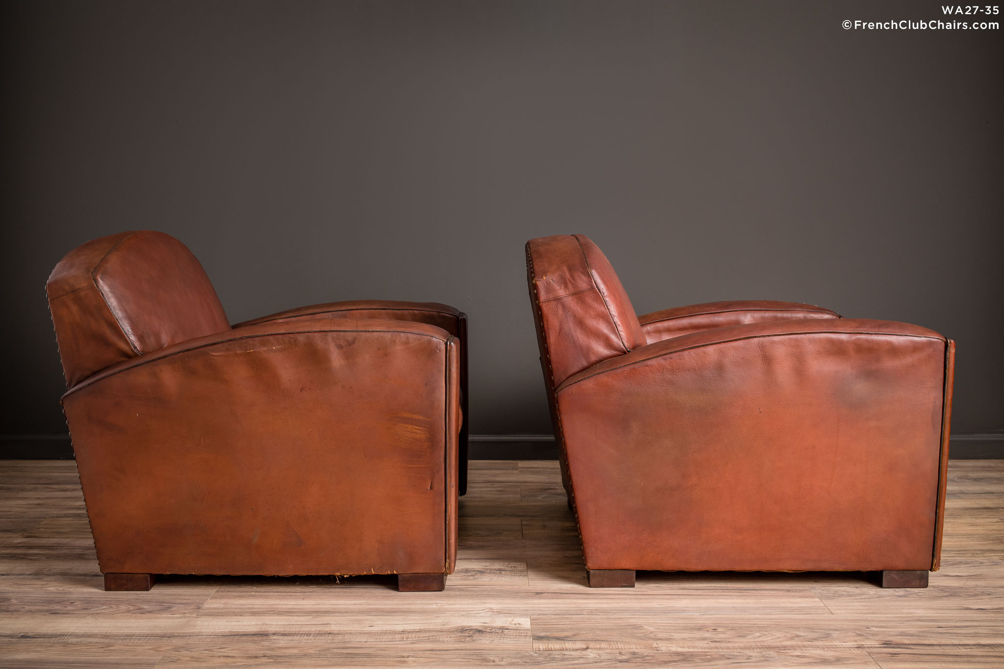 WA_27-35_Cinema_Dark_Lounge_Pair_R_3RT-v01-williams-antiks-leather-french-club-chair-wa_fcccom