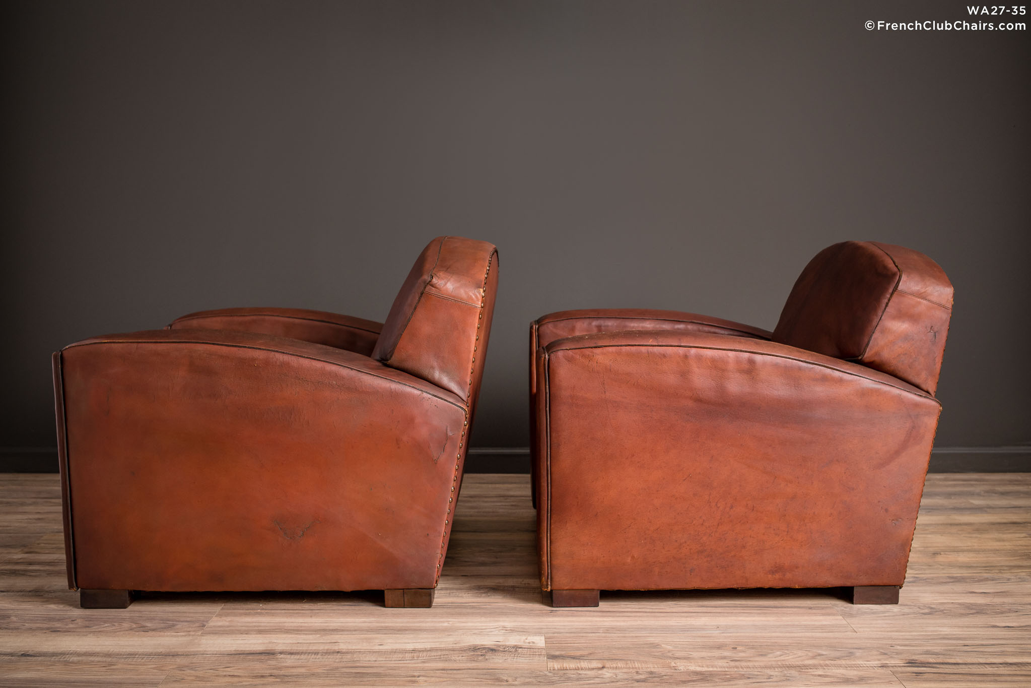 WA_27-35_Cinema_Dark_Lounge_Pair_R_4LT-v01-williams-antiks-leather-french-club-chair-wa_fcccom