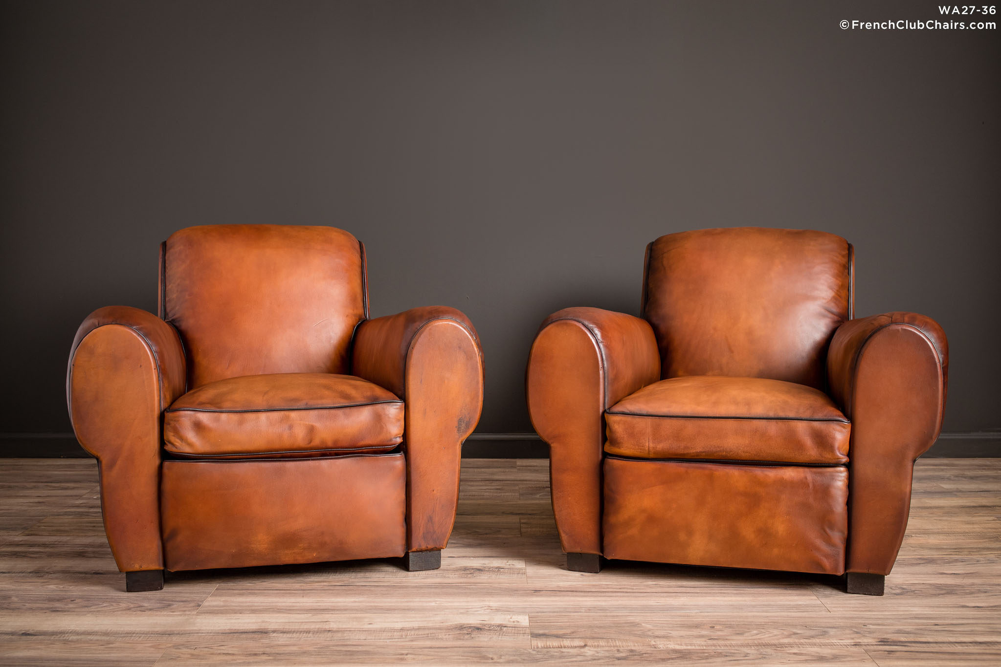 WA_27-36_Liseaux_Giant_Dark_Rollback_Pair_R_1TQ-v01-williams-antiks-leather-french-club-chair-wa_fcccom