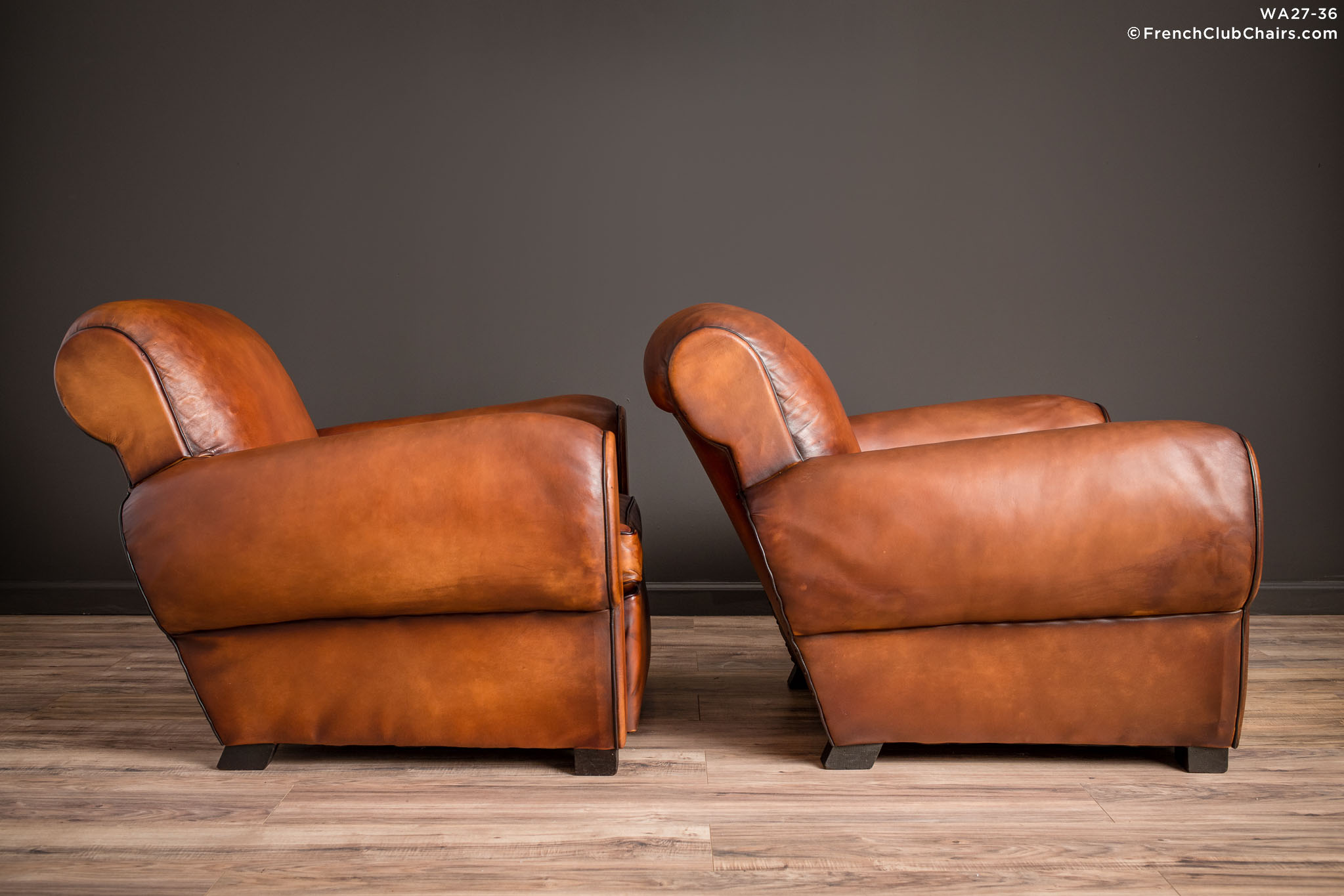 WA_27-36_Liseaux_Giant_Dark_Rollback_Pair_R_3RT-v01-williams-antiks-leather-french-club-chair-wa_fcccom