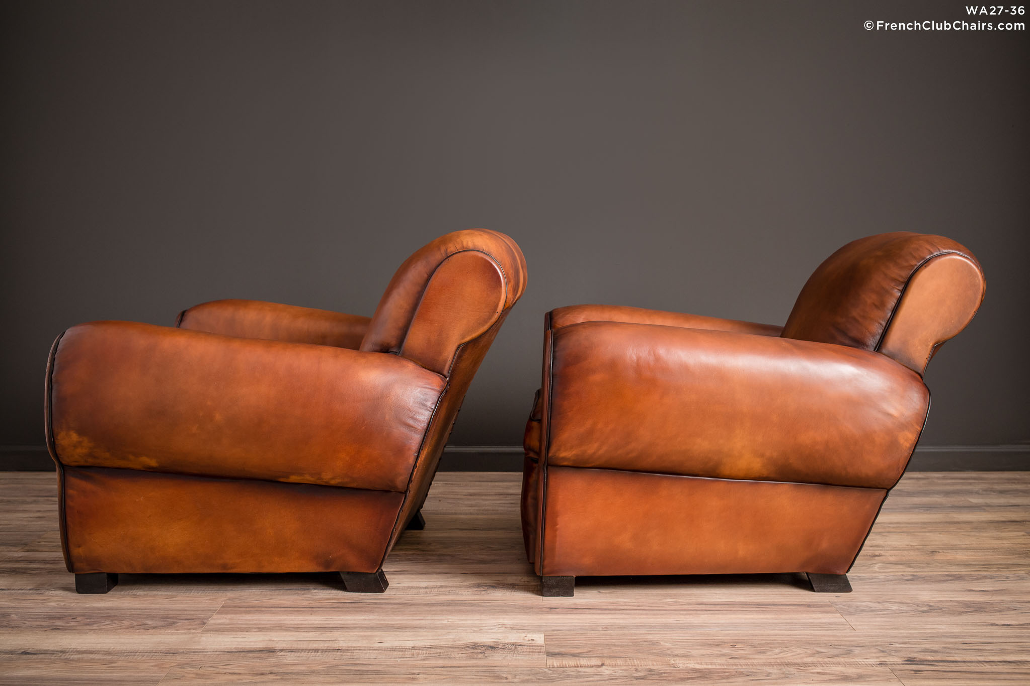 WA_27-36_Liseaux_Giant_Dark_Rollback_Pair_R_4LT-v01-williams-antiks-leather-french-club-chair-wa_fcccom