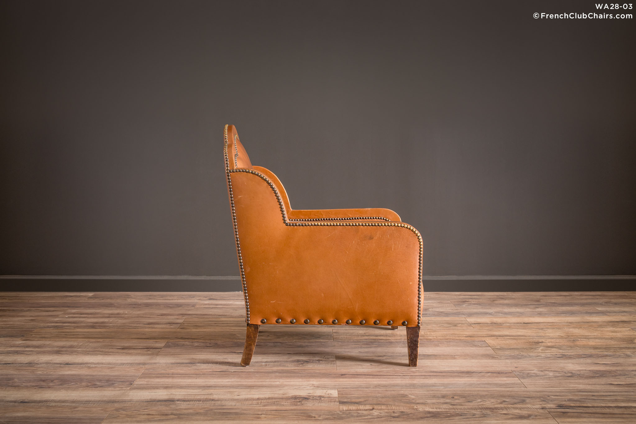 WA_28-03_Deauville_Treffle_Solo_R_3RT1-williams-antiks-leather-french-club-chair-wa_fcccom