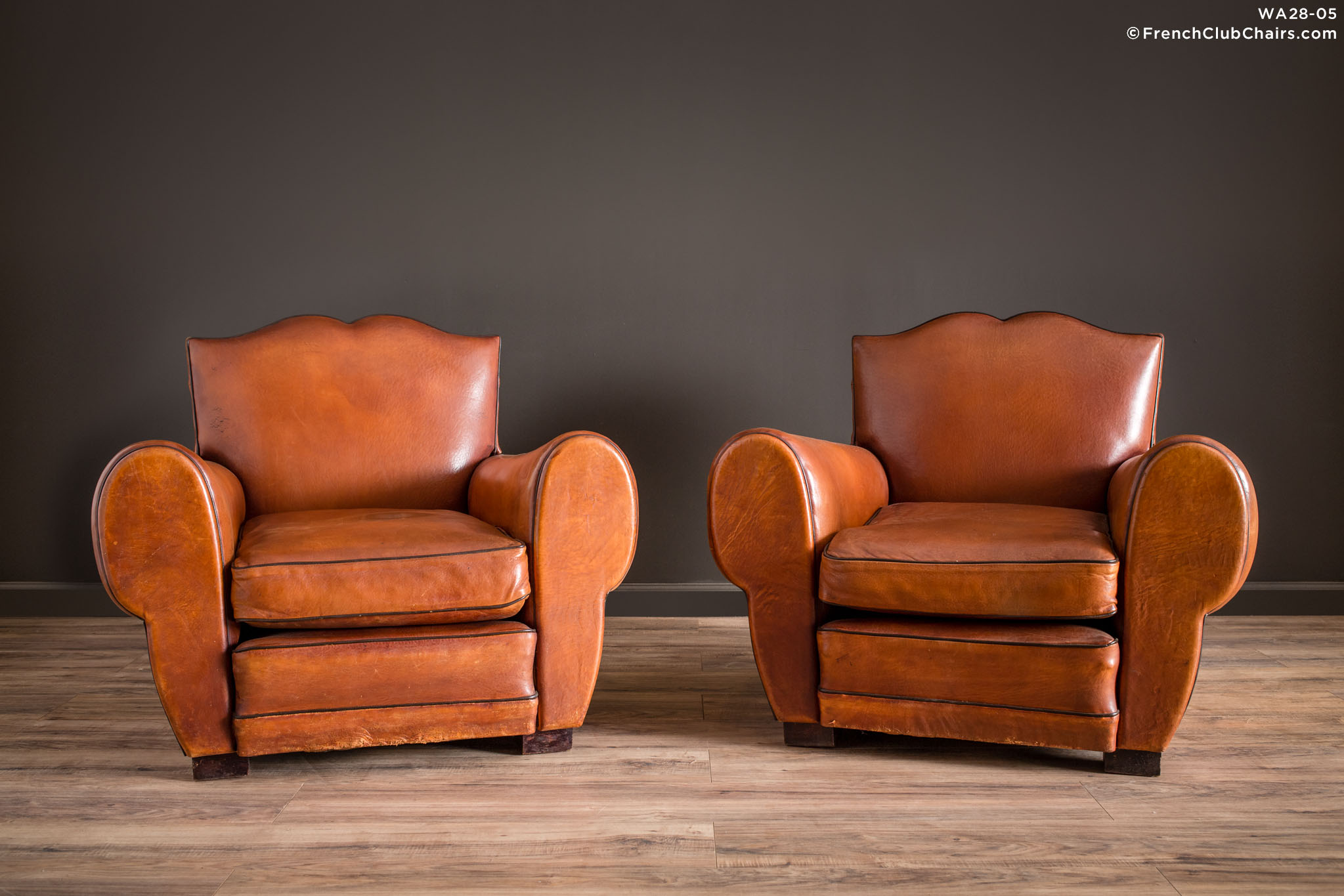 WA_28-05_Berdilt_Mustache_Pair_R_1TQ1-williams-antiks-leather-french-club-chair-wa_fcccom