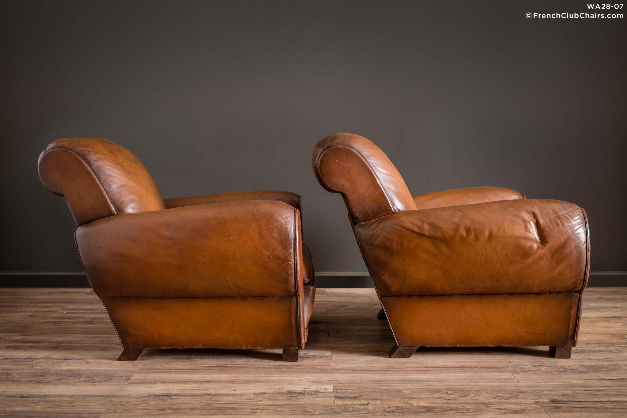 WA_28-07_La_Manche_Rollback_Pair_R_3RT1-williams-antiks-leather-french-club-chair-wa_fcccom