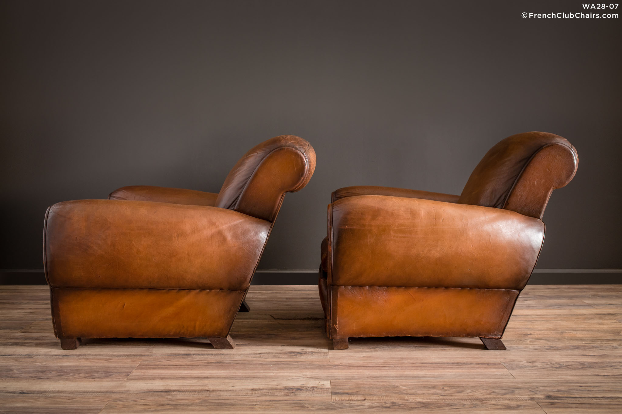 WA_28-07_La_Manche_Rollback_Pair_R_4LT1-williams-antiks-leather-french-club-chair-wa_fcccom