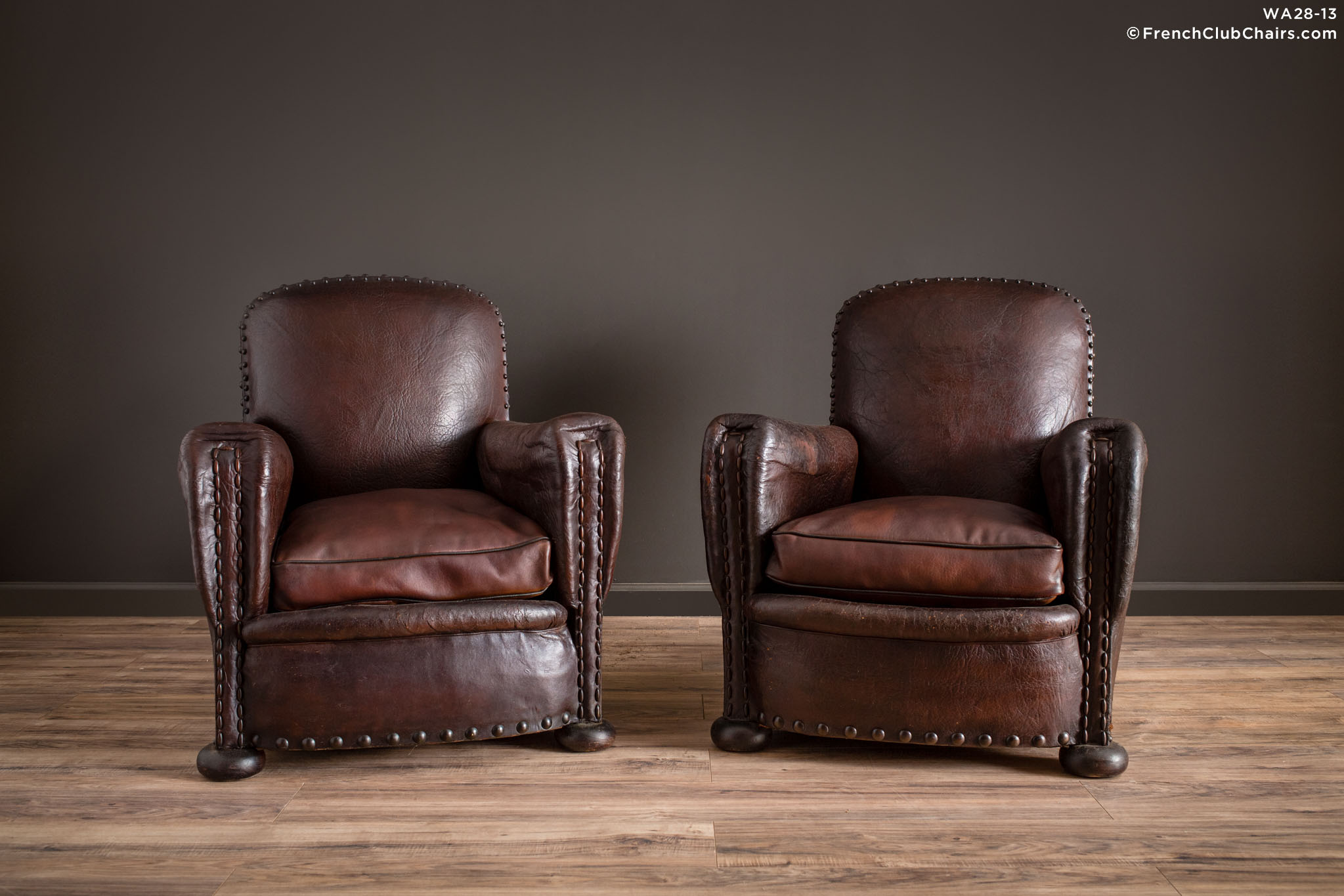 WA_28-13_St_Imoge_Cinema_Nailhead_Pair_R_1TQ1-williams-antiks-leather-french-club-chair-wa_fcccom