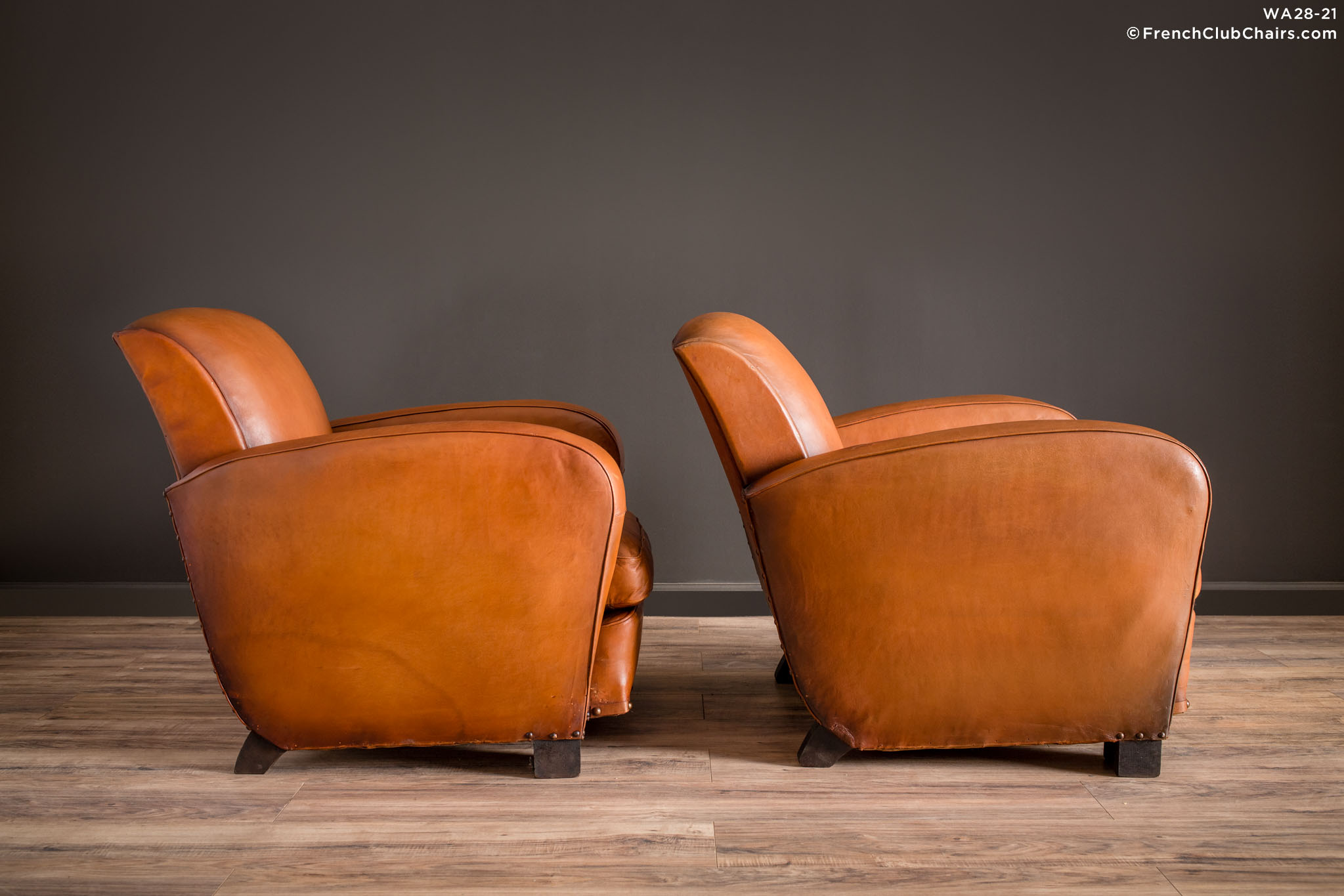 WA_28-21_Marsailles_Paquebot_Pair_R_3RT1-williams-antiks-leather-french-club-chair-wa_fcccom