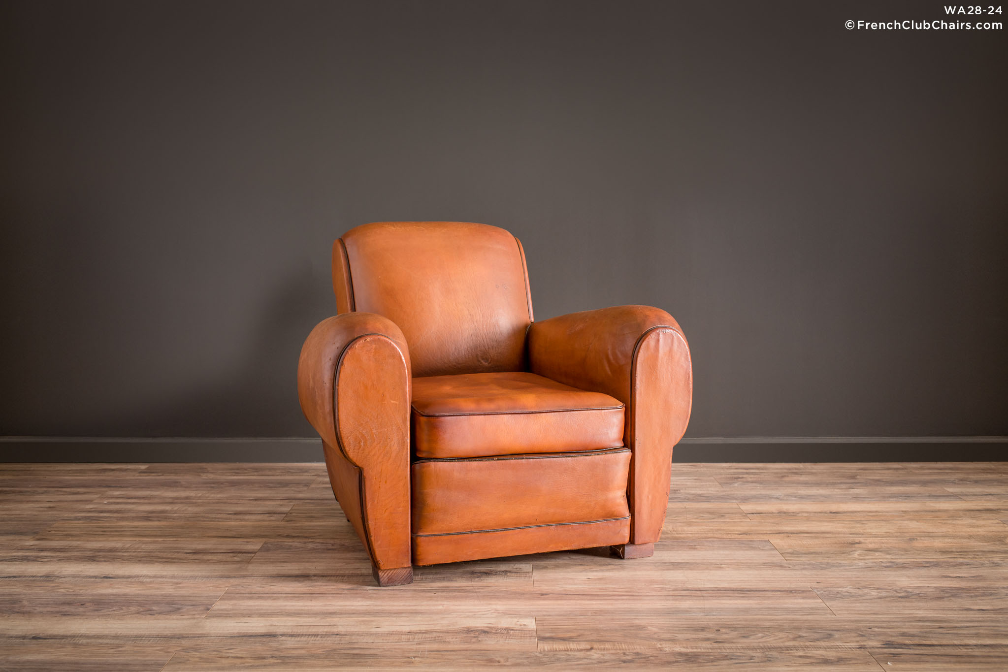 WA_28-24_Nantes_Cognac_Rollback_Solo_R_1TQ1-williams-antiks-leather-french-club-chair-wa_fcccom