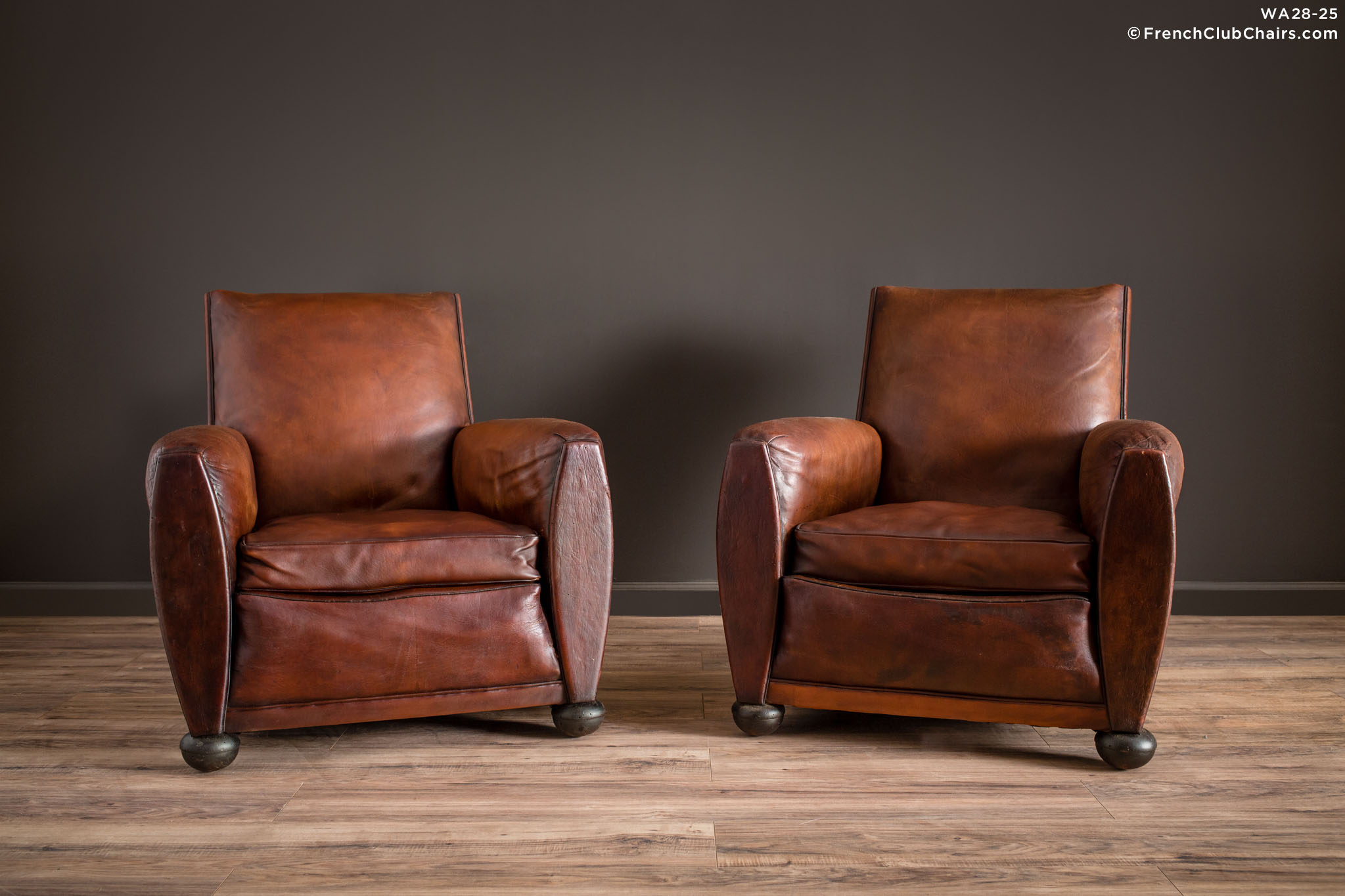 WA_28-25_Rennes_Squareback_Pair_R_1TQ1-williams-antiks-leather-french-club-chair-wa_fcccom