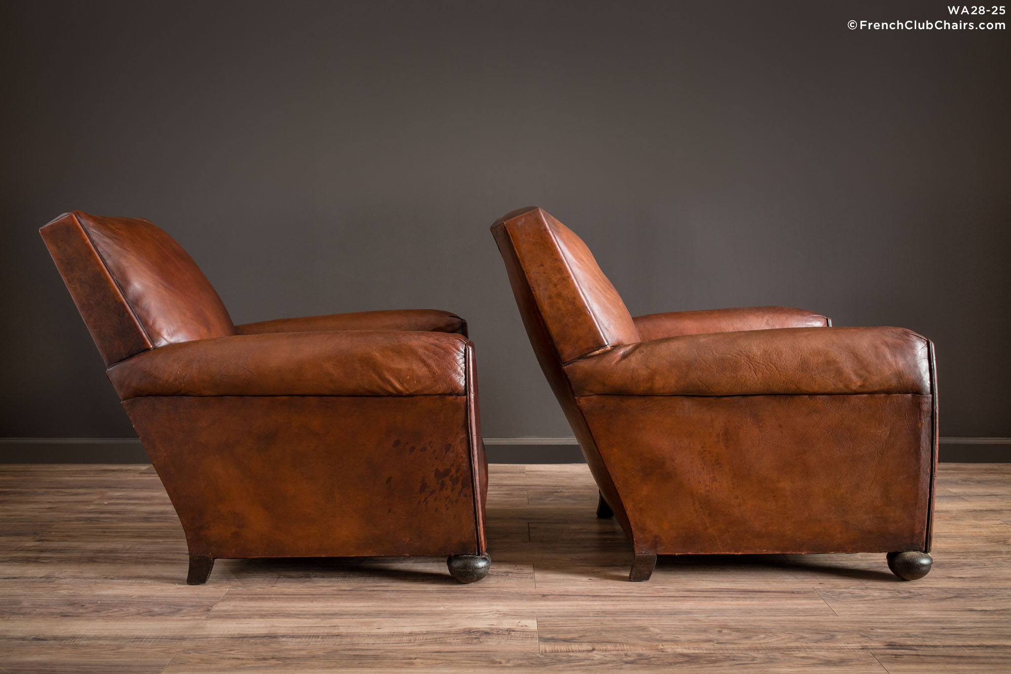 WA_28-25_Rennes_Squareback_Pair_R_3RT1-williams-antiks-leather-french-club-chair-wa_fcccom