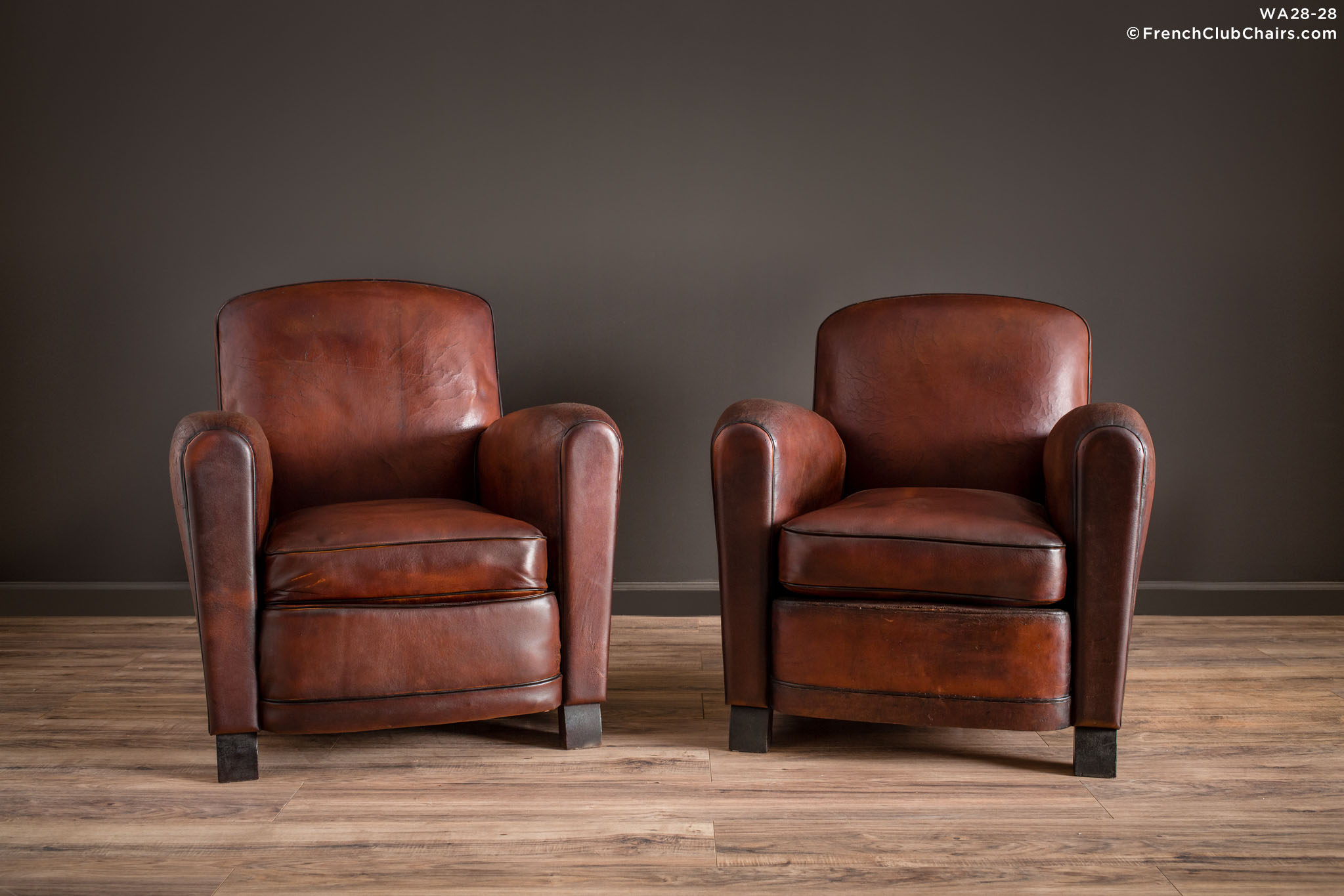 WA_28-28_La_Louvre_Library_Pair_R_1TQ1-williams-antiks-leather-french-club-chair-wa_fcccom