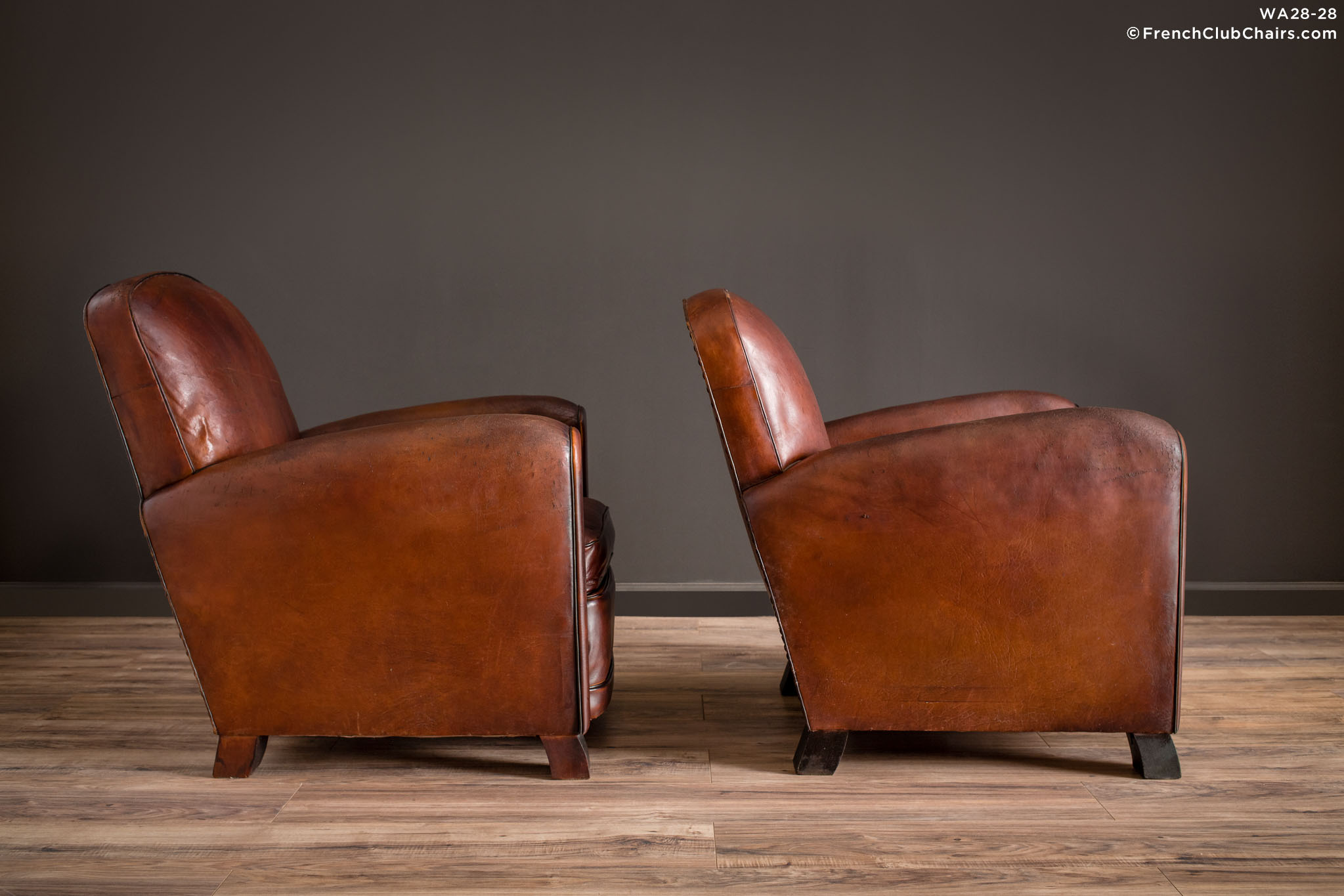 WA_28-28_La_Louvre_Library_Pair_R_3RT1-williams-antiks-leather-french-club-chair-wa_fcccom