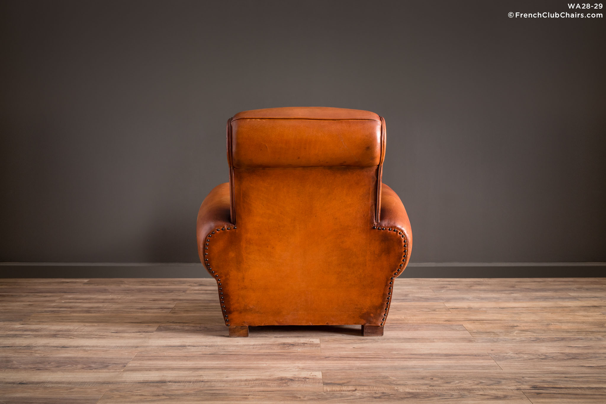WA_28-29_Giant_Lille_Caramel_Rollback_Solo_R_2BK1-williams-antiks-leather-french-club-chair-wa_fcccom
