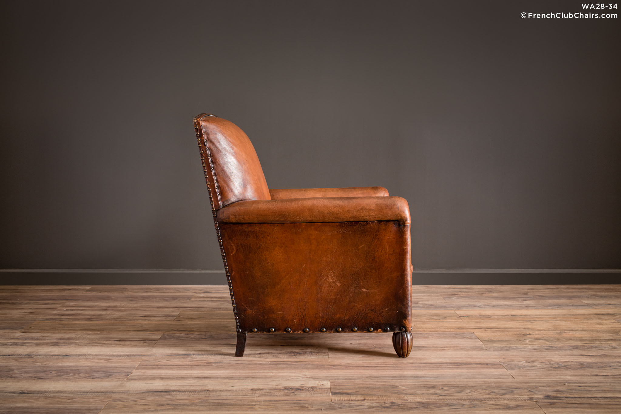 WA_28-32_Moutenee_Library_Solo_R_3RT1-williams-antiks-leather-french-club-chair-wa_fcccom