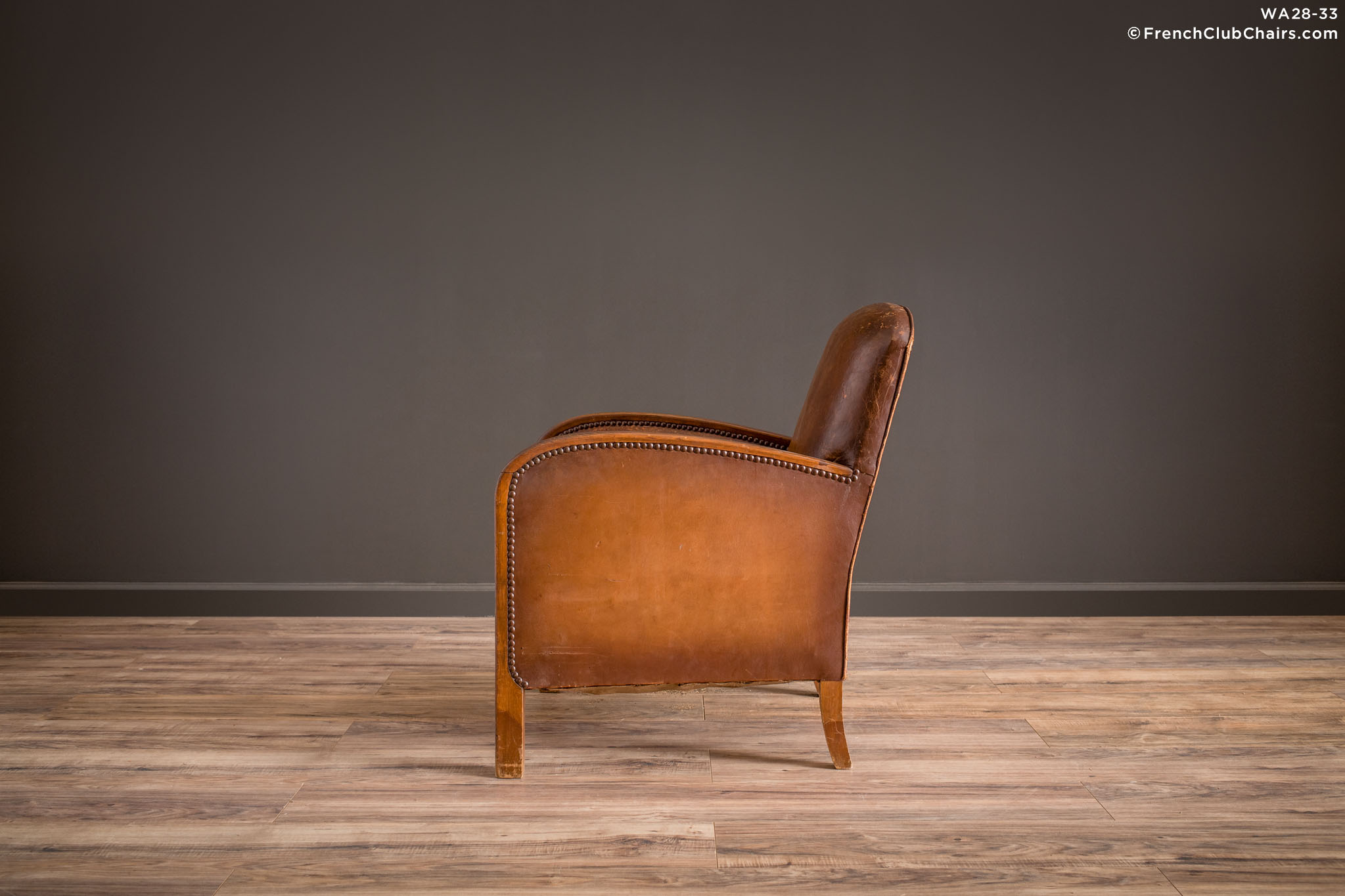 WA_28-33_Belfort_Sweet_Library_Solo_R_4LT1-williams-antiks-leather-french-club-chair-wa_fcccom