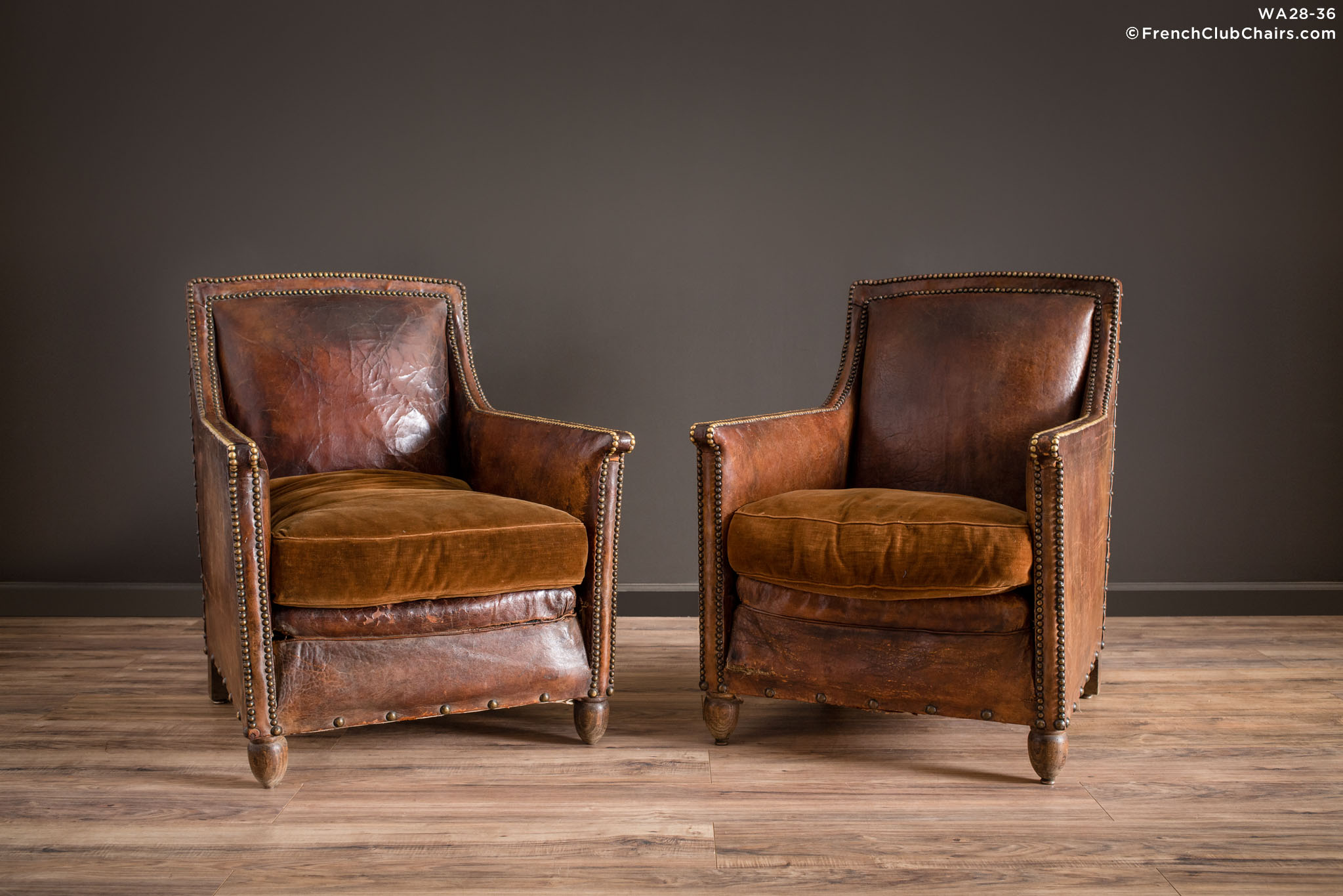 WA_28-36_Nation_Nailed_Dark_Pair_R_1TQ1-williams-antiks-leather-french-club-chair-wa_fcccom